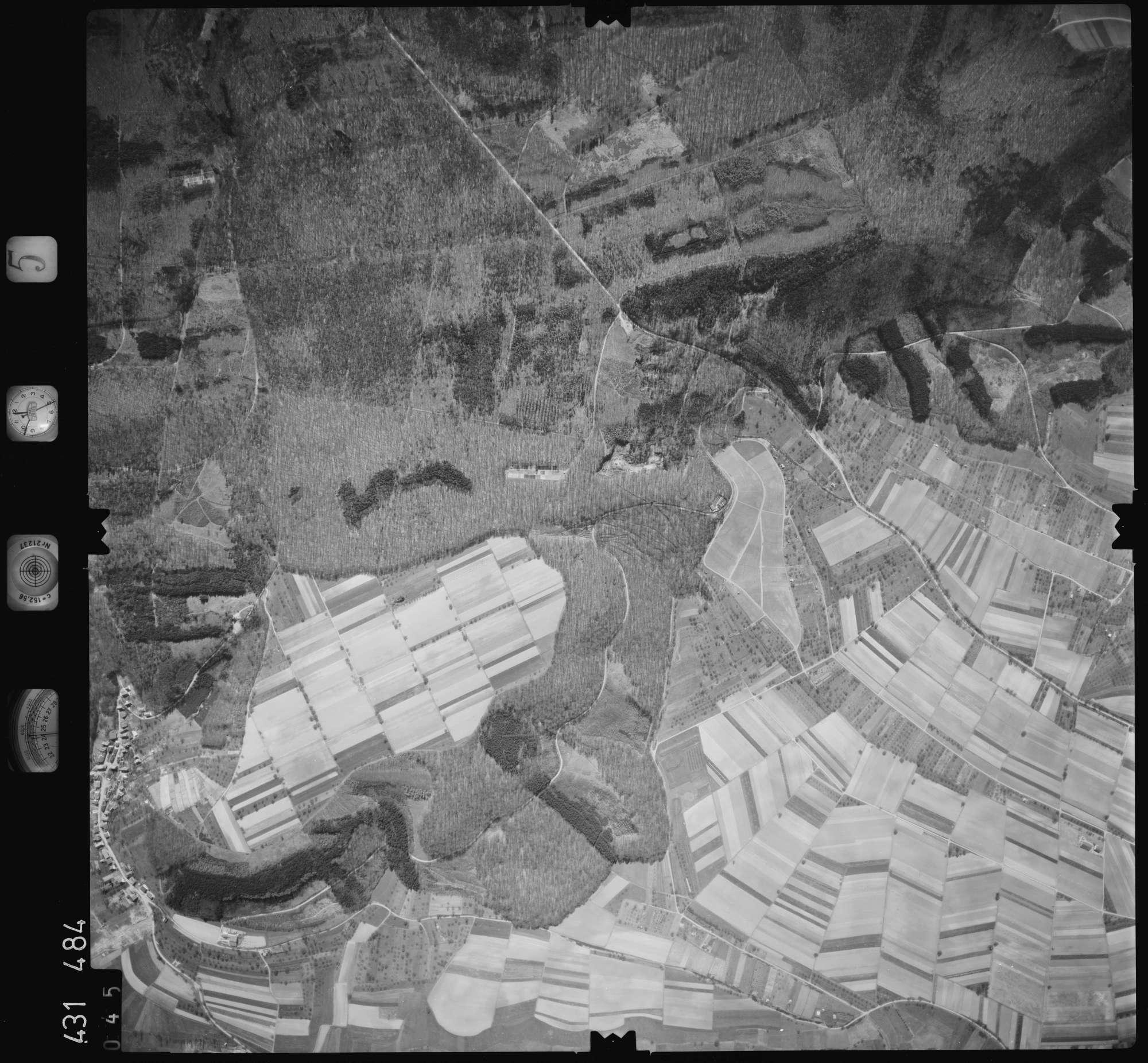 Luftbild: Film 5 Bildnr. 45, Bild 1