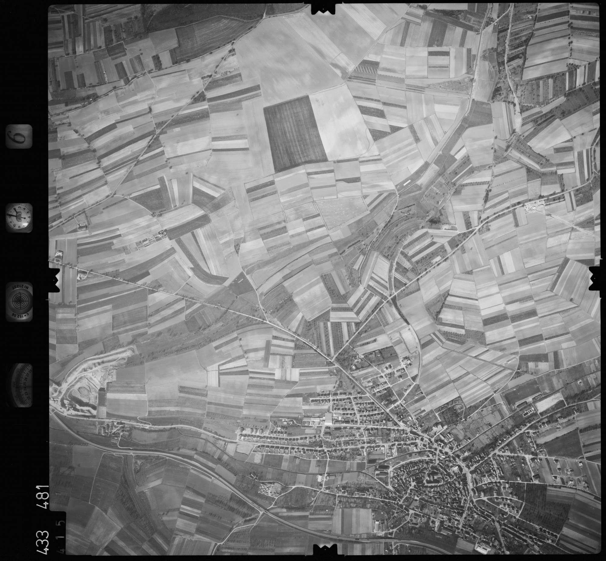 Luftbild: Film 6 Bildnr. 415, Bild 1