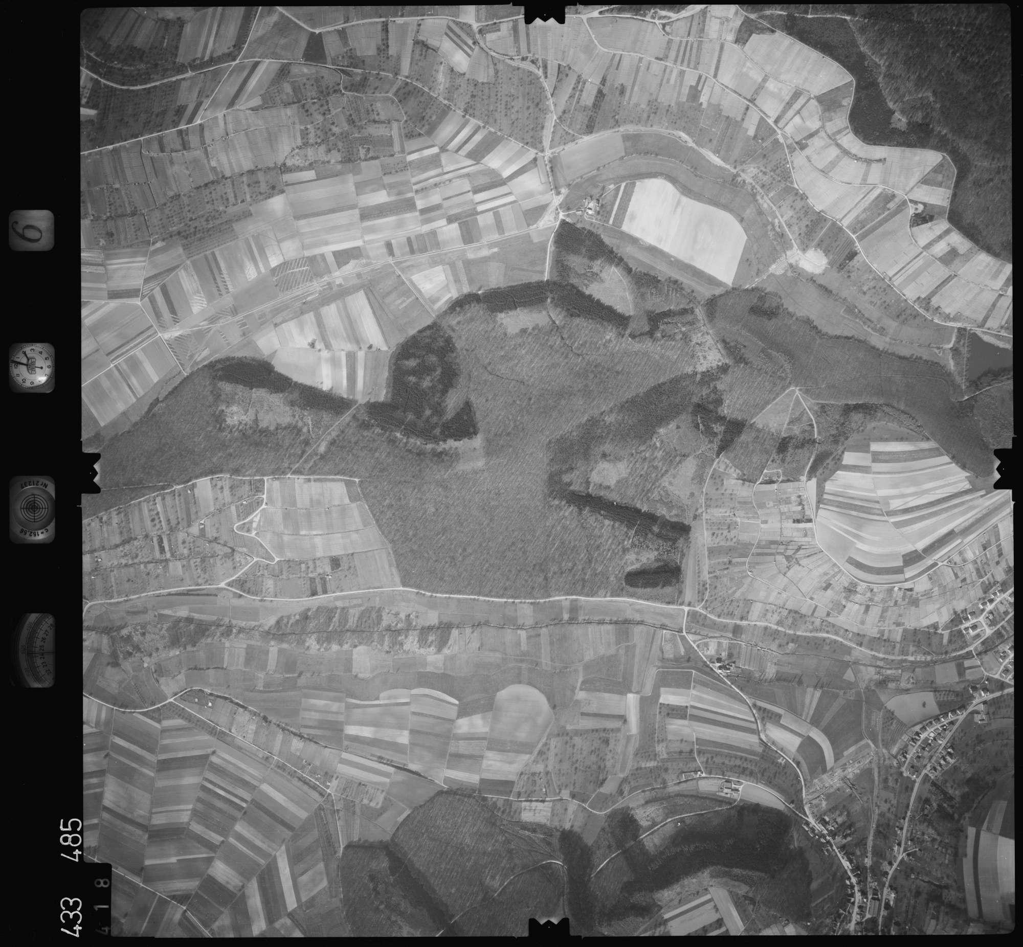 Luftbild: Film 6 Bildnr. 418, Bild 1