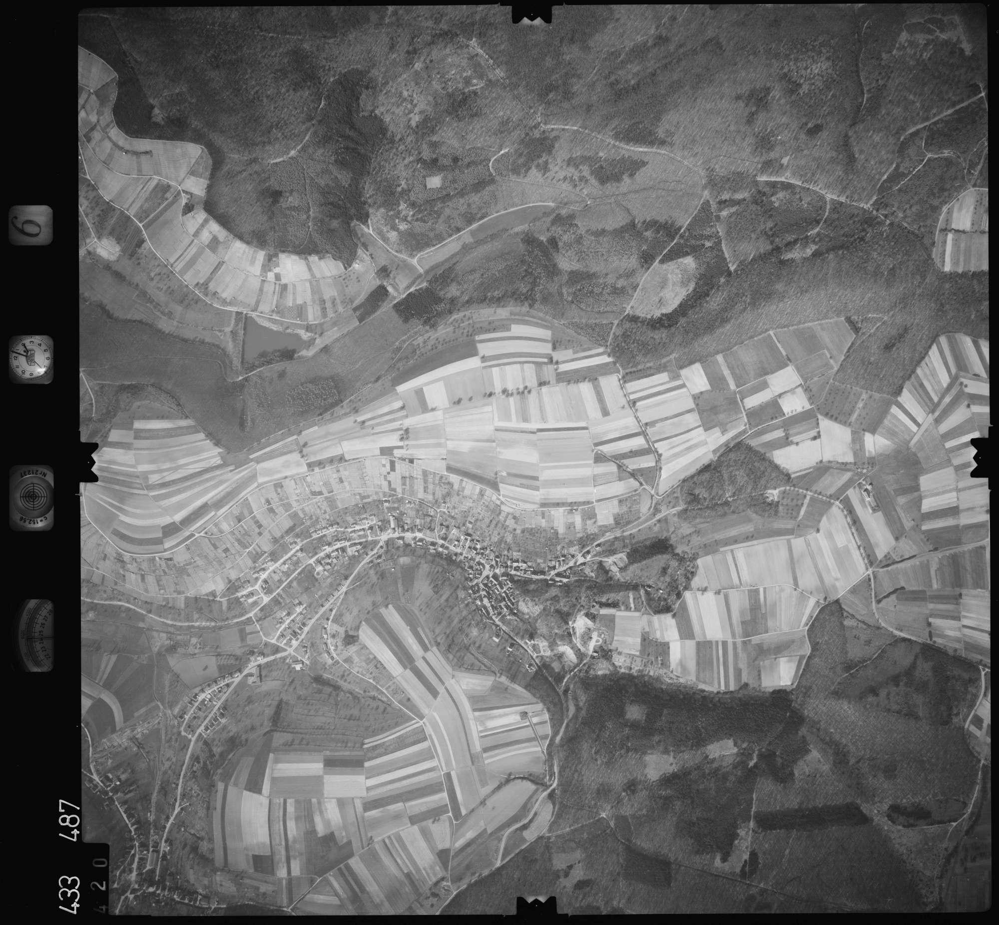 Luftbild: Film 6 Bildnr. 420, Bild 1