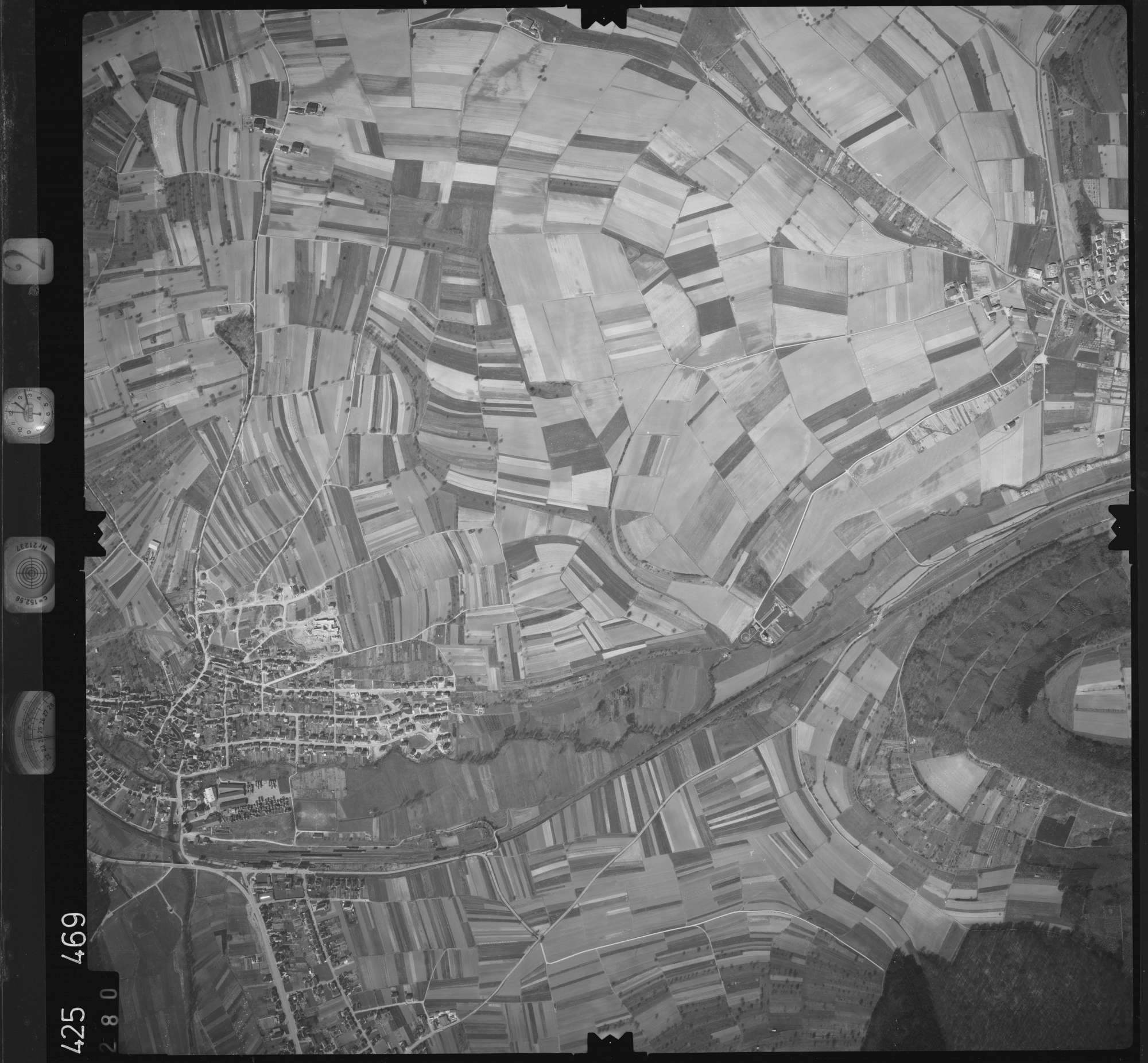 Luftbild: Film 2 Bildnr. 280, Bild 1