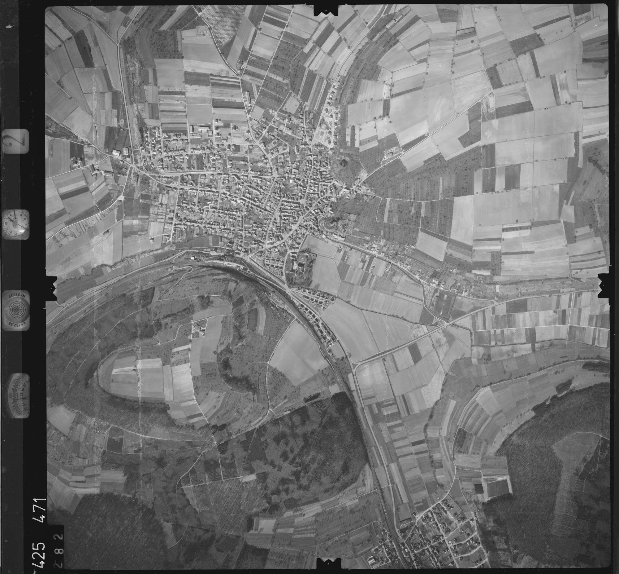Luftbild: Film 2 Bildnr. 282, Bild 1