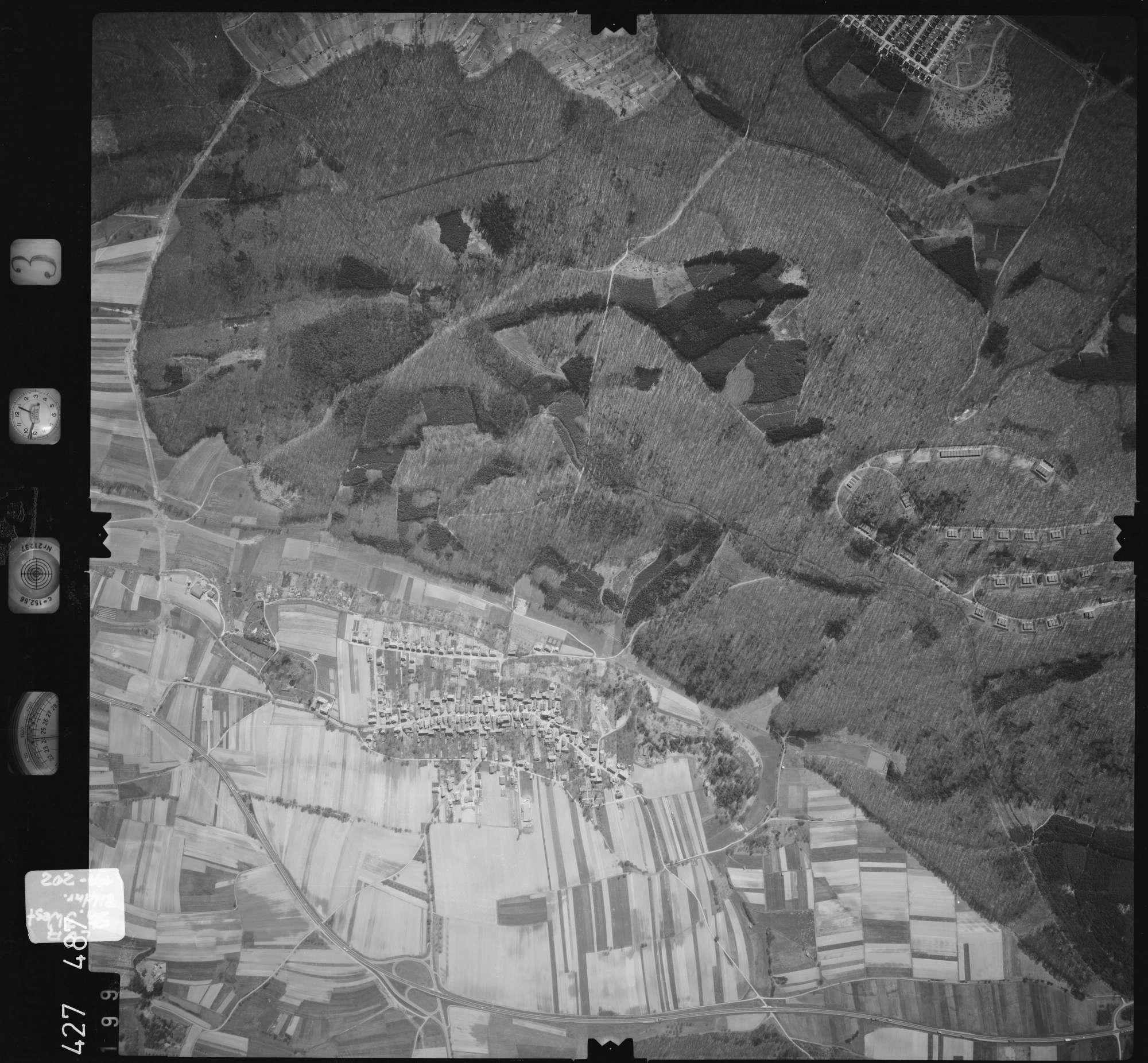 Luftbild: Film 3 Bildnr. 199, Bild 1