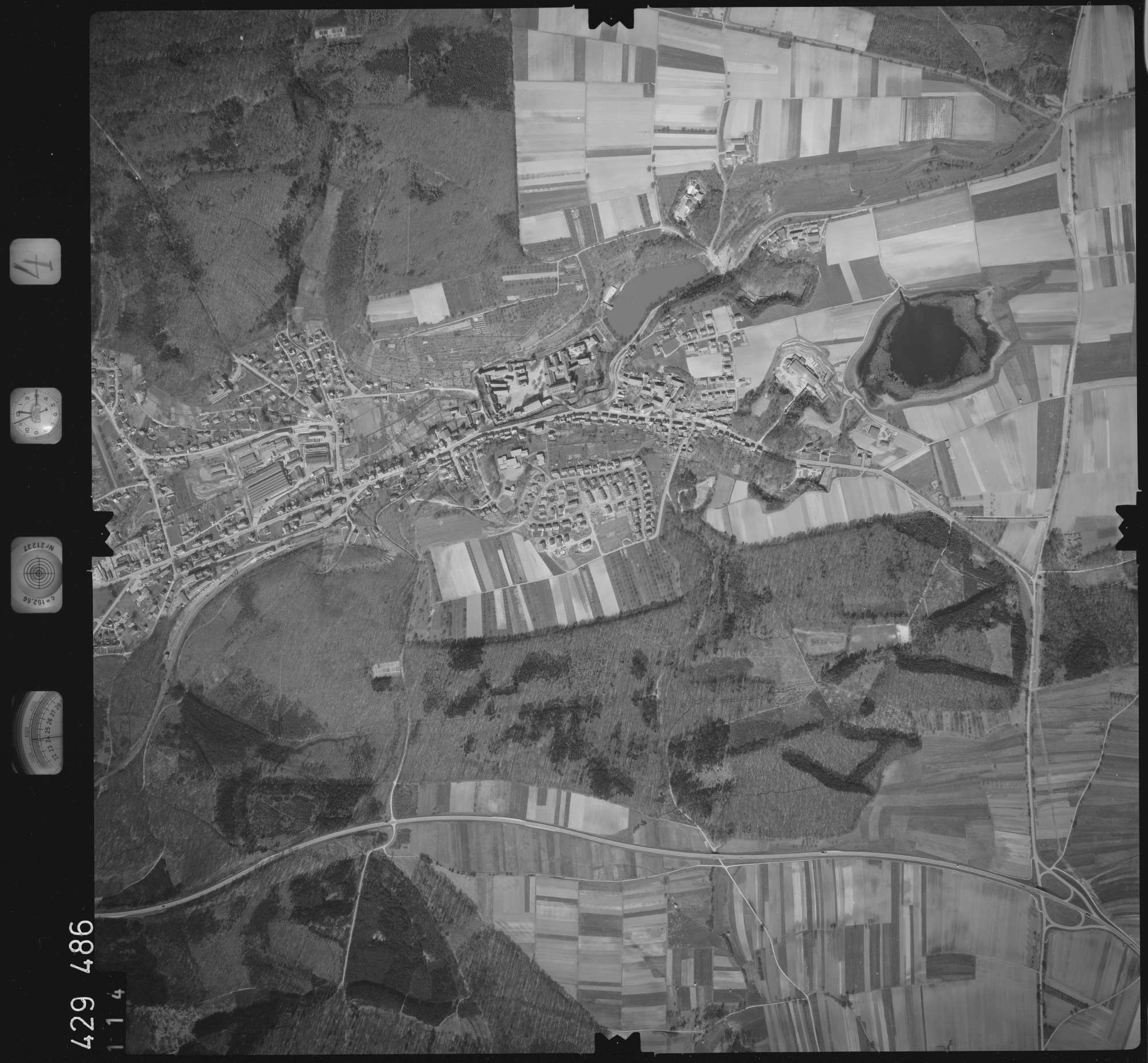 Luftbild: Film 4 Bildnr. 114, Bild 1