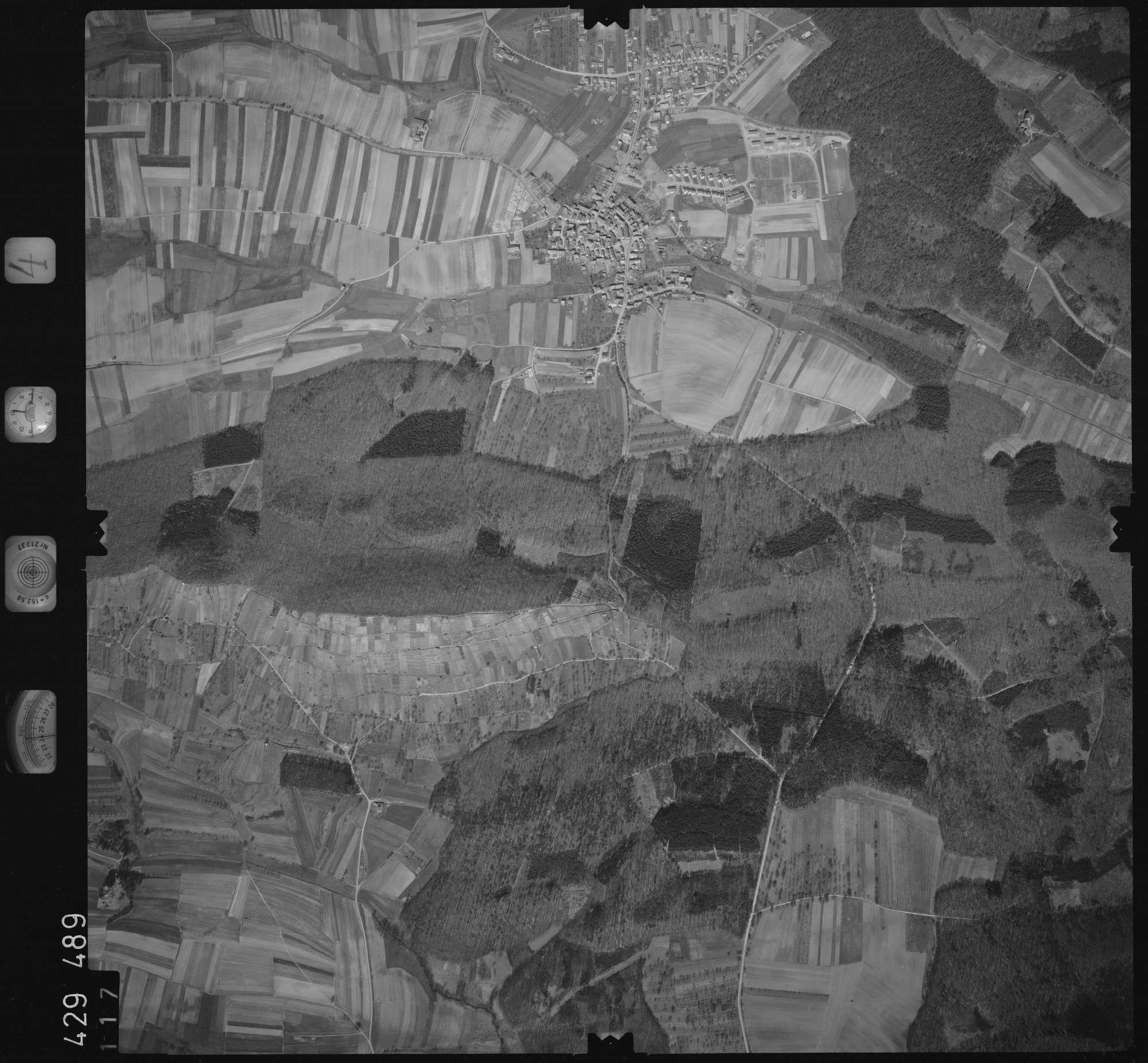 Luftbild: Film 4 Bildnr. 117, Bild 1