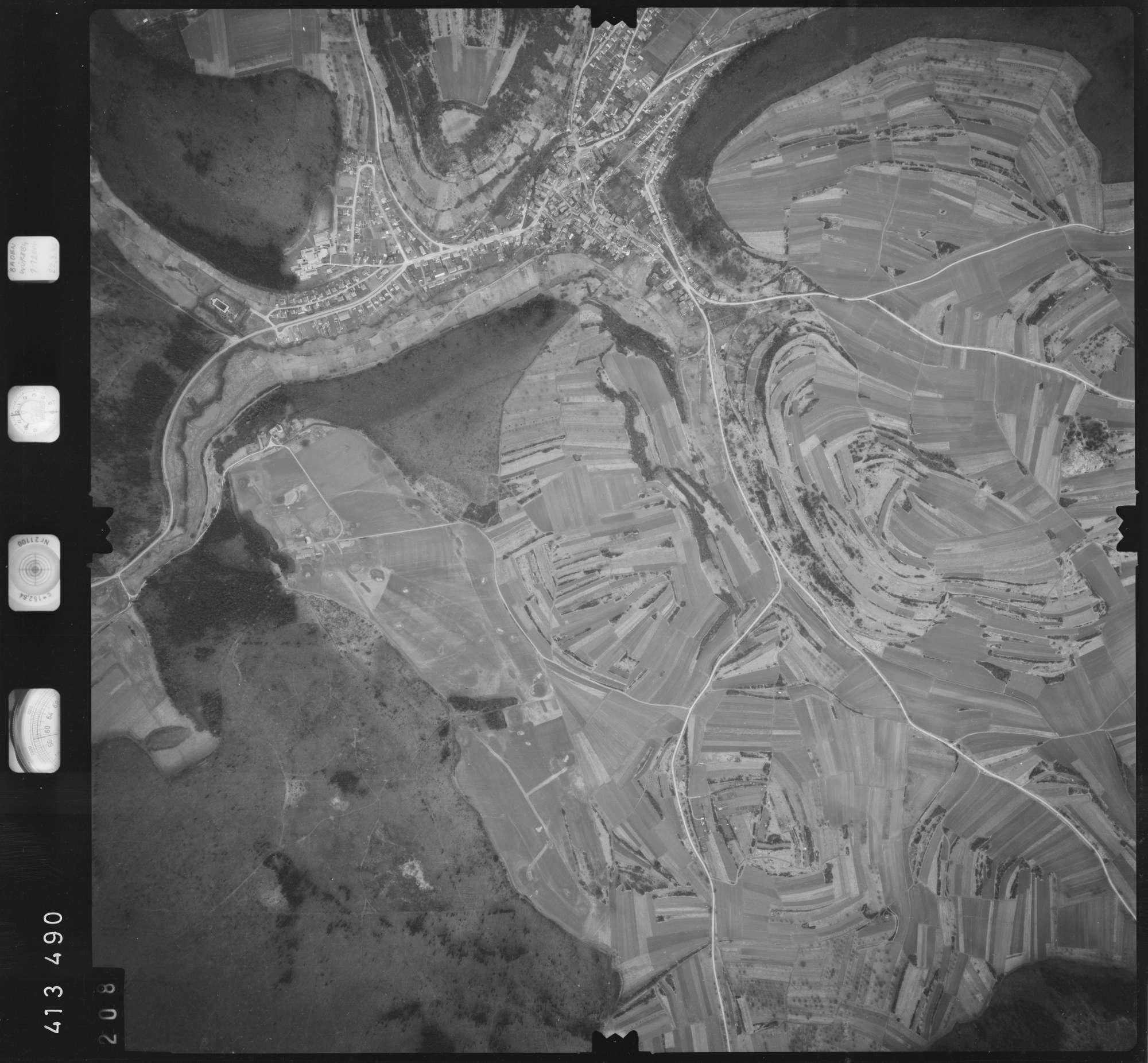 Luftbild: Film 5 Bildnr. 208, Bild 1