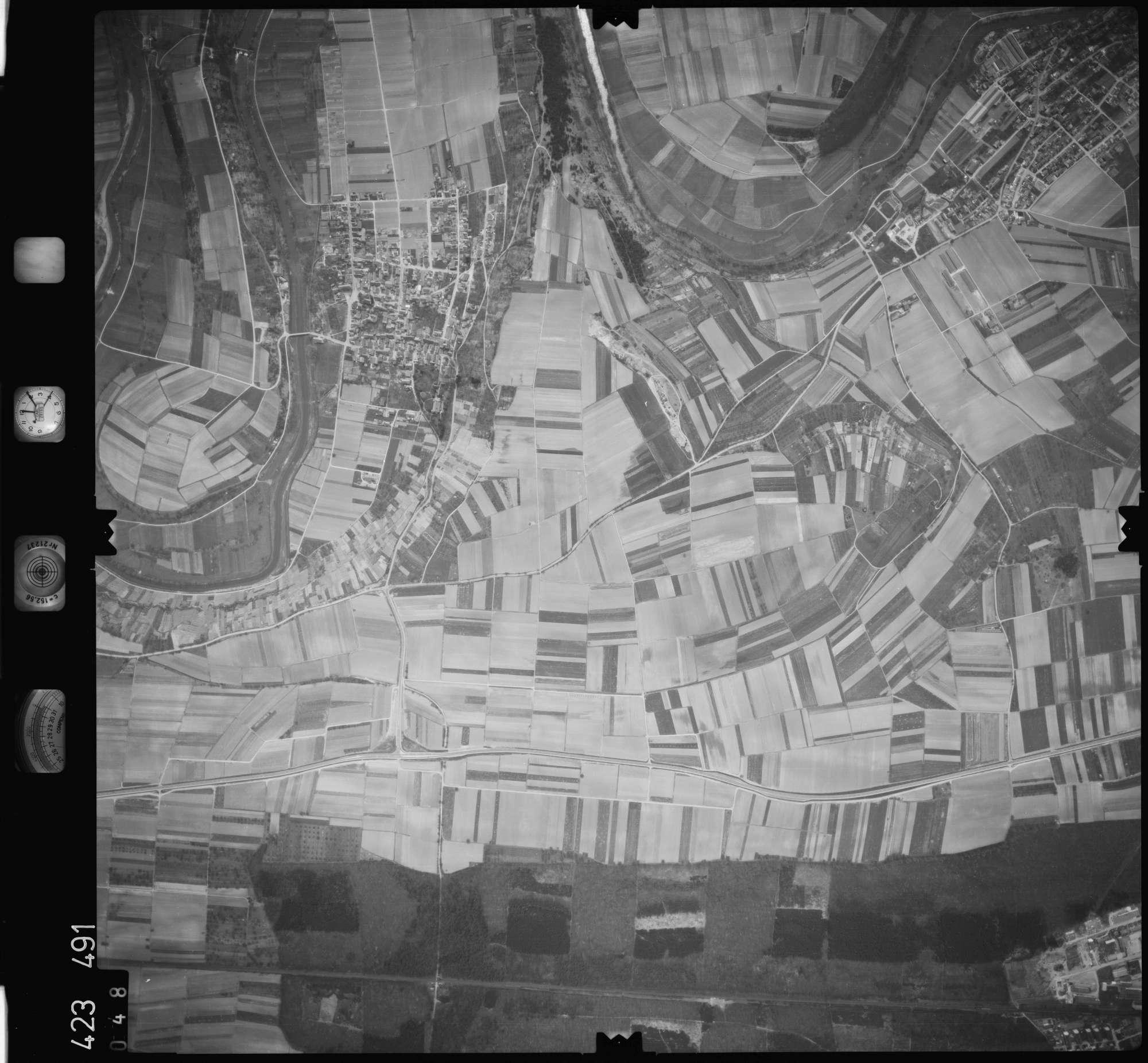 Luftbild: Film 1 Bildnr. 48, Bild 1