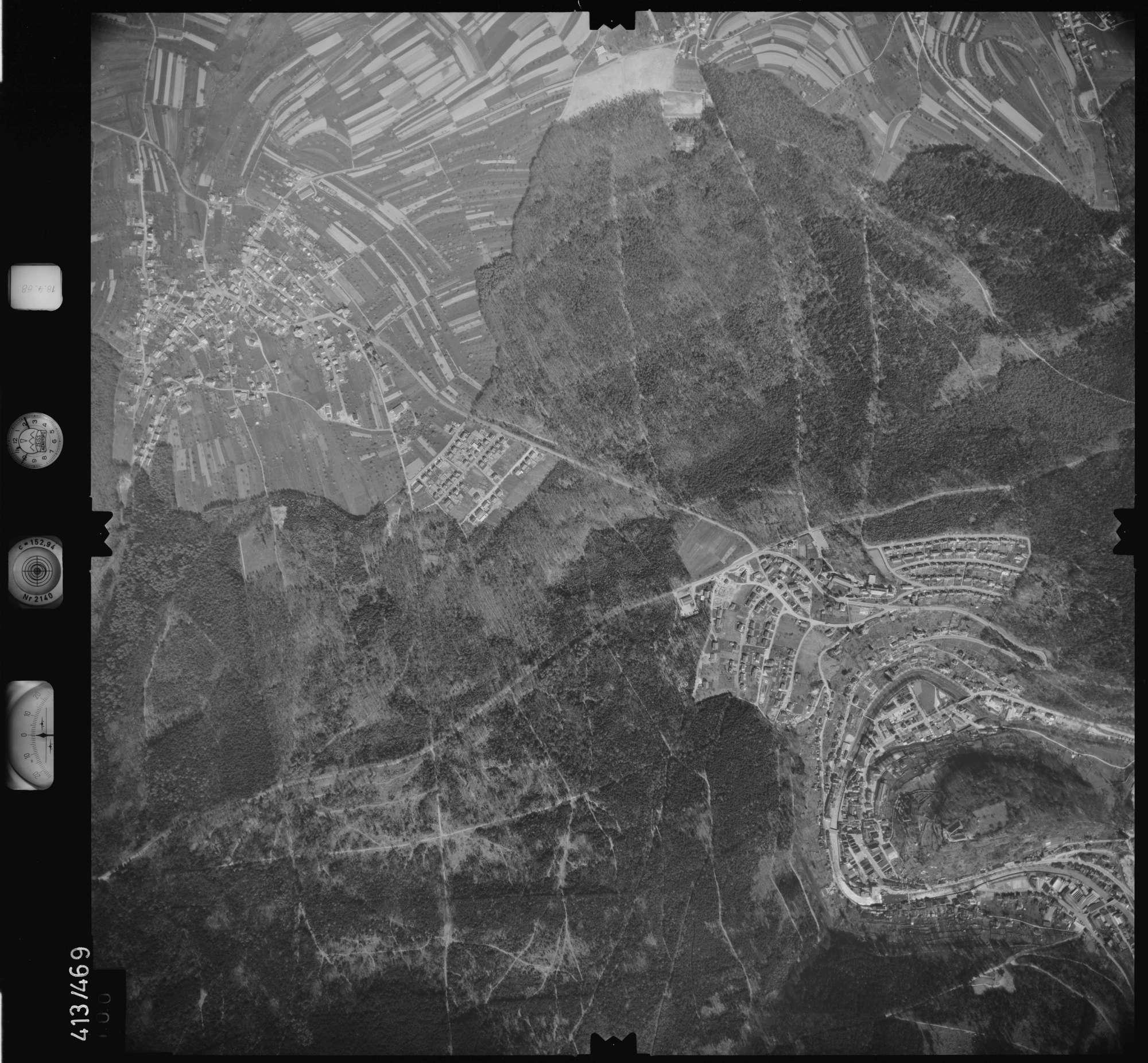 Luftbild: Film 4 Bildnr. 100, Bild 1