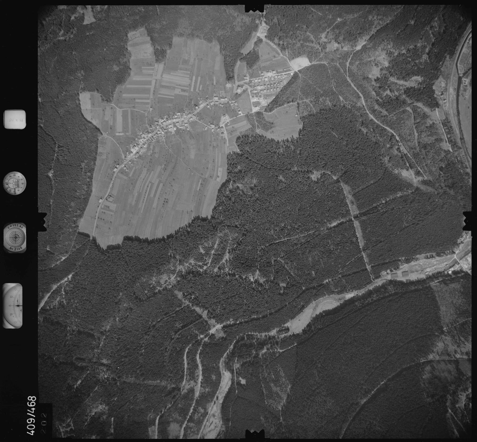 Luftbild: Film 4 Bildnr. 202, Bild 1