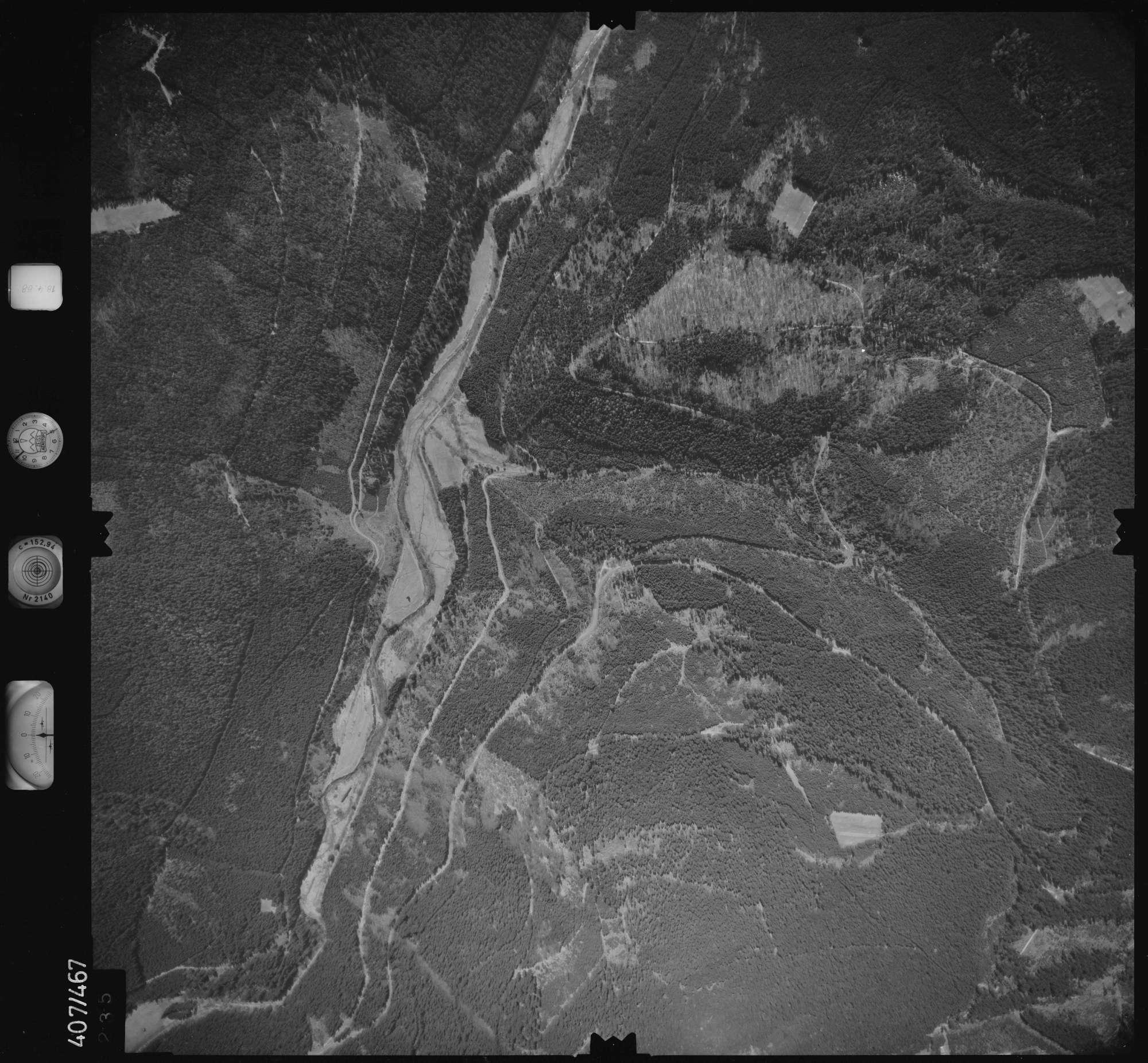 Luftbild: Film 4 Bildnr. 235, Bild 1