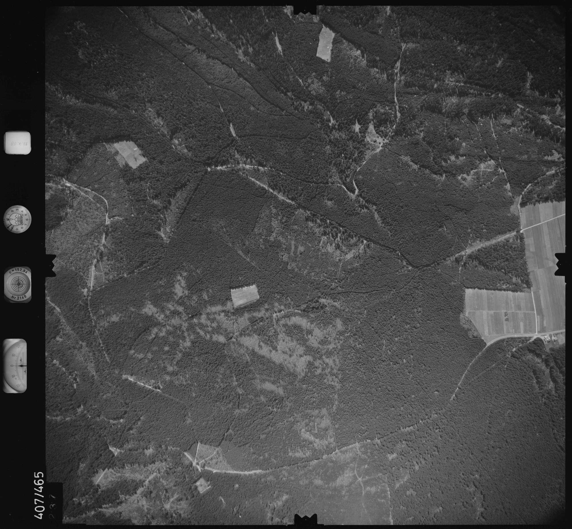 Luftbild: Film 4 Bildnr. 237, Bild 1
