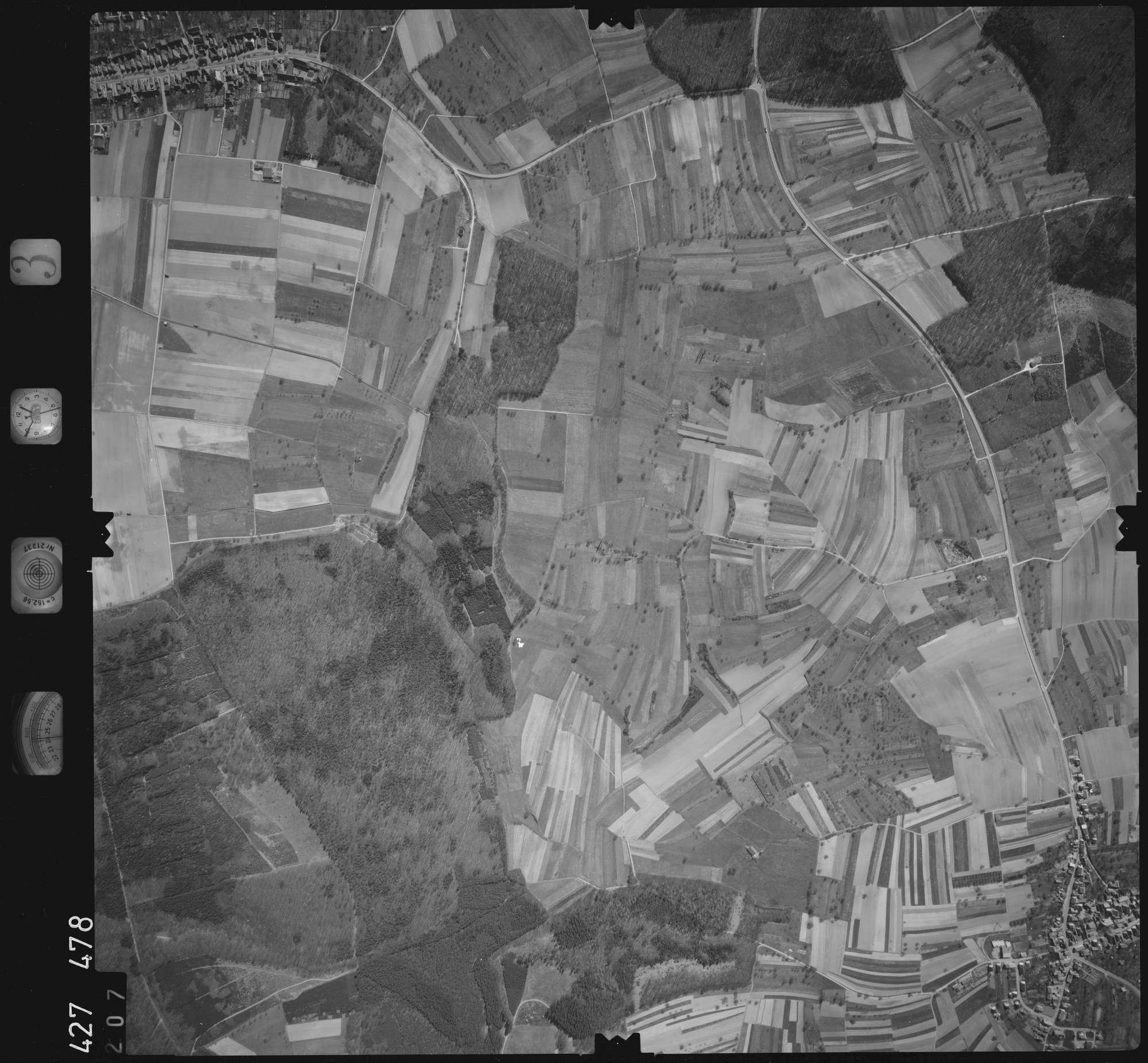 Luftbild: Film 3 Bildnr. 207, Bild 1