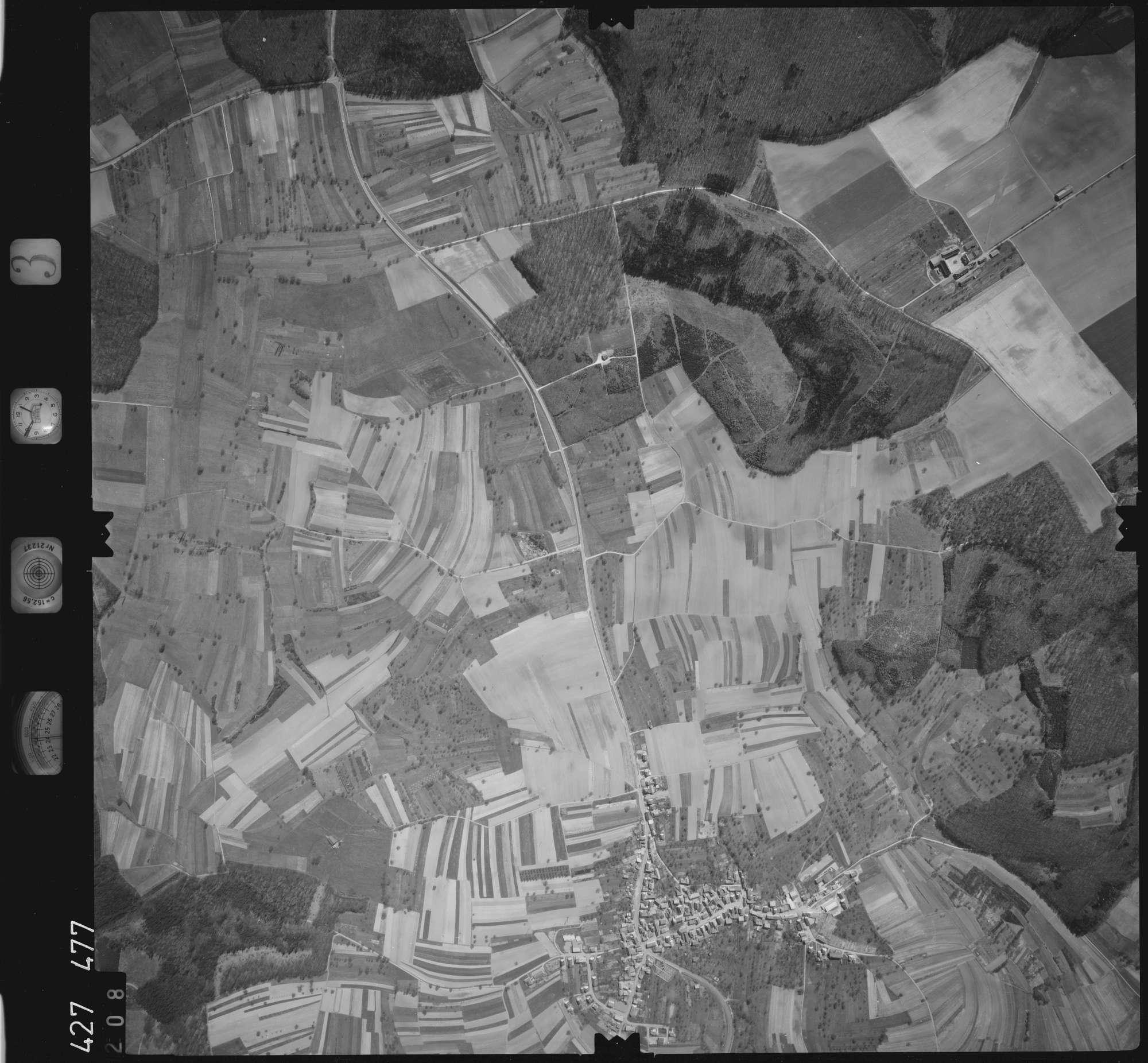 Luftbild: Film 3 Bildnr. 208, Bild 1