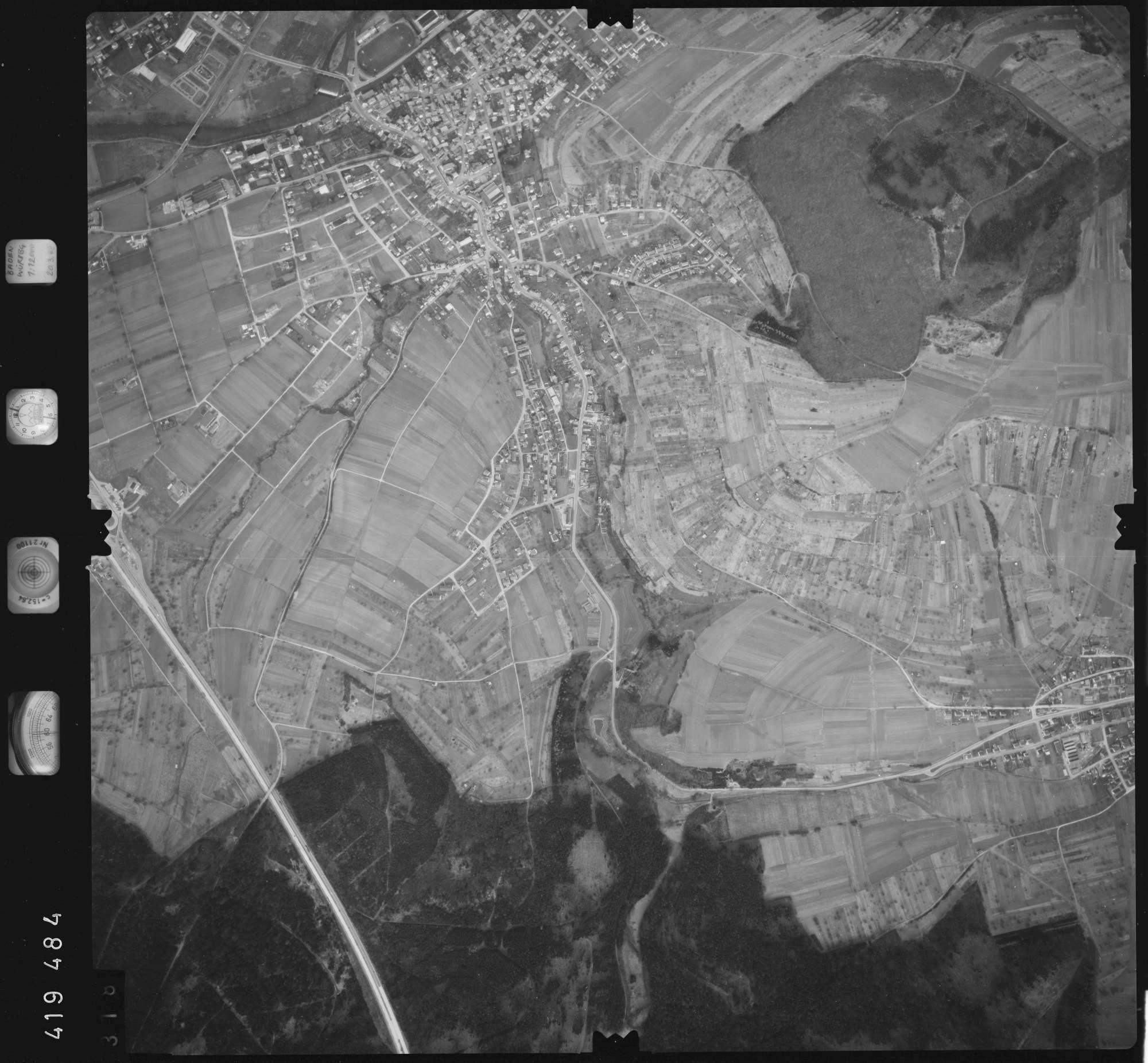 Luftbild: Film 2 Bildnr. 318, Bild 1