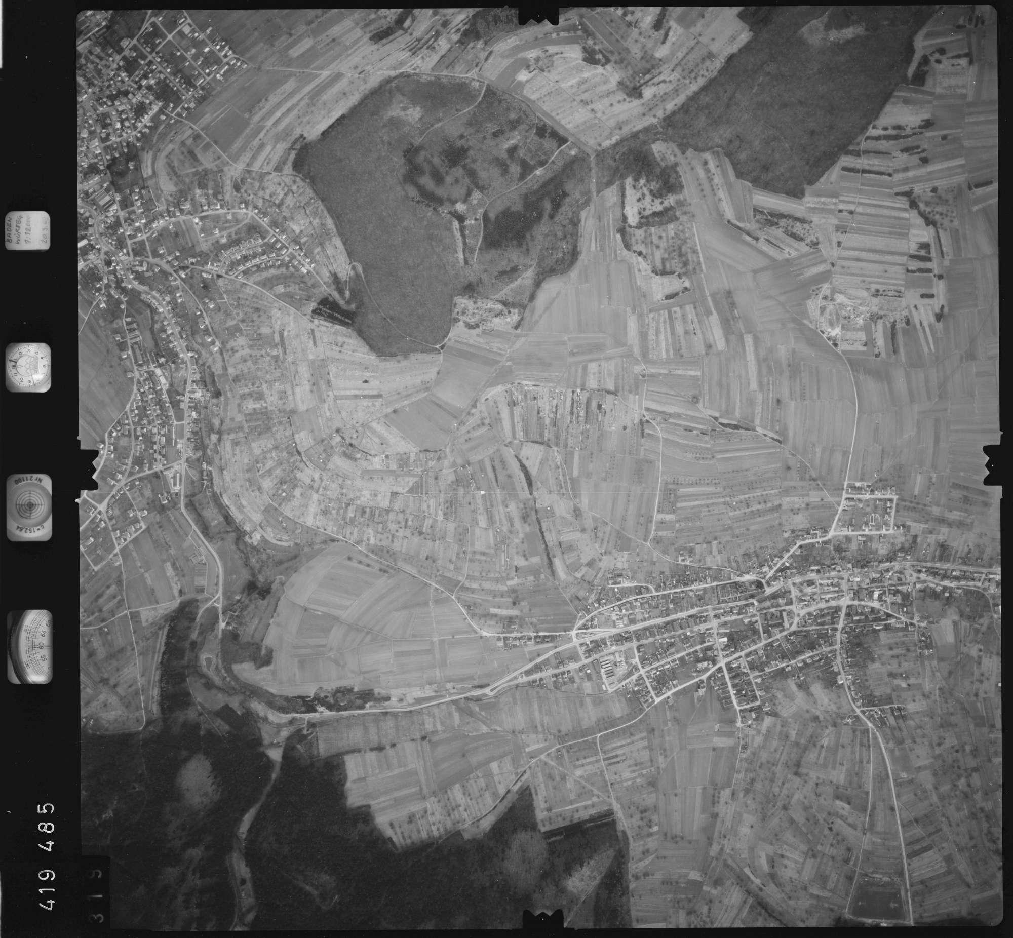 Luftbild: Film 2 Bildnr. 319, Bild 1