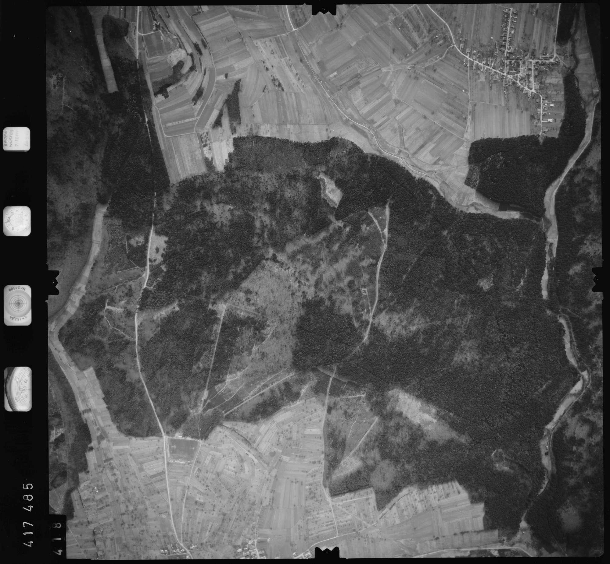 Luftbild: Film 2 Bildnr. 418, Bild 1