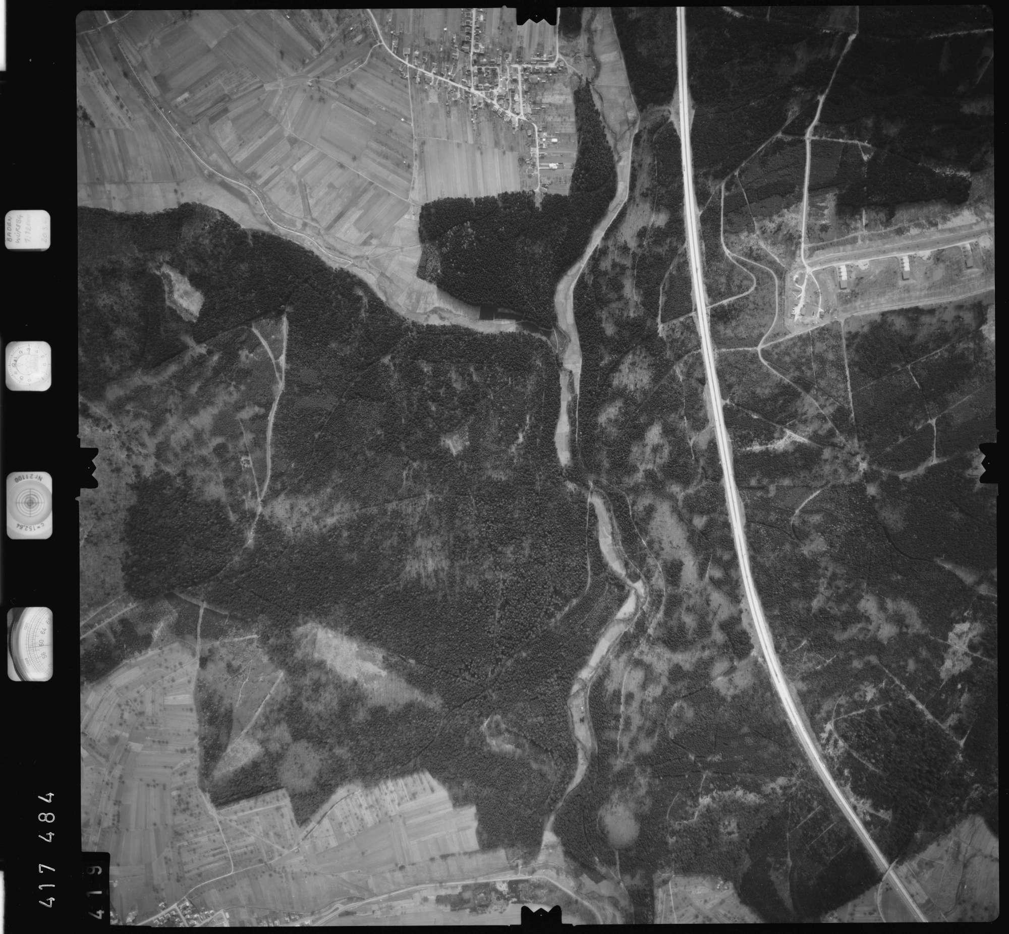 Luftbild: Film 2 Bildnr. 419, Bild 1
