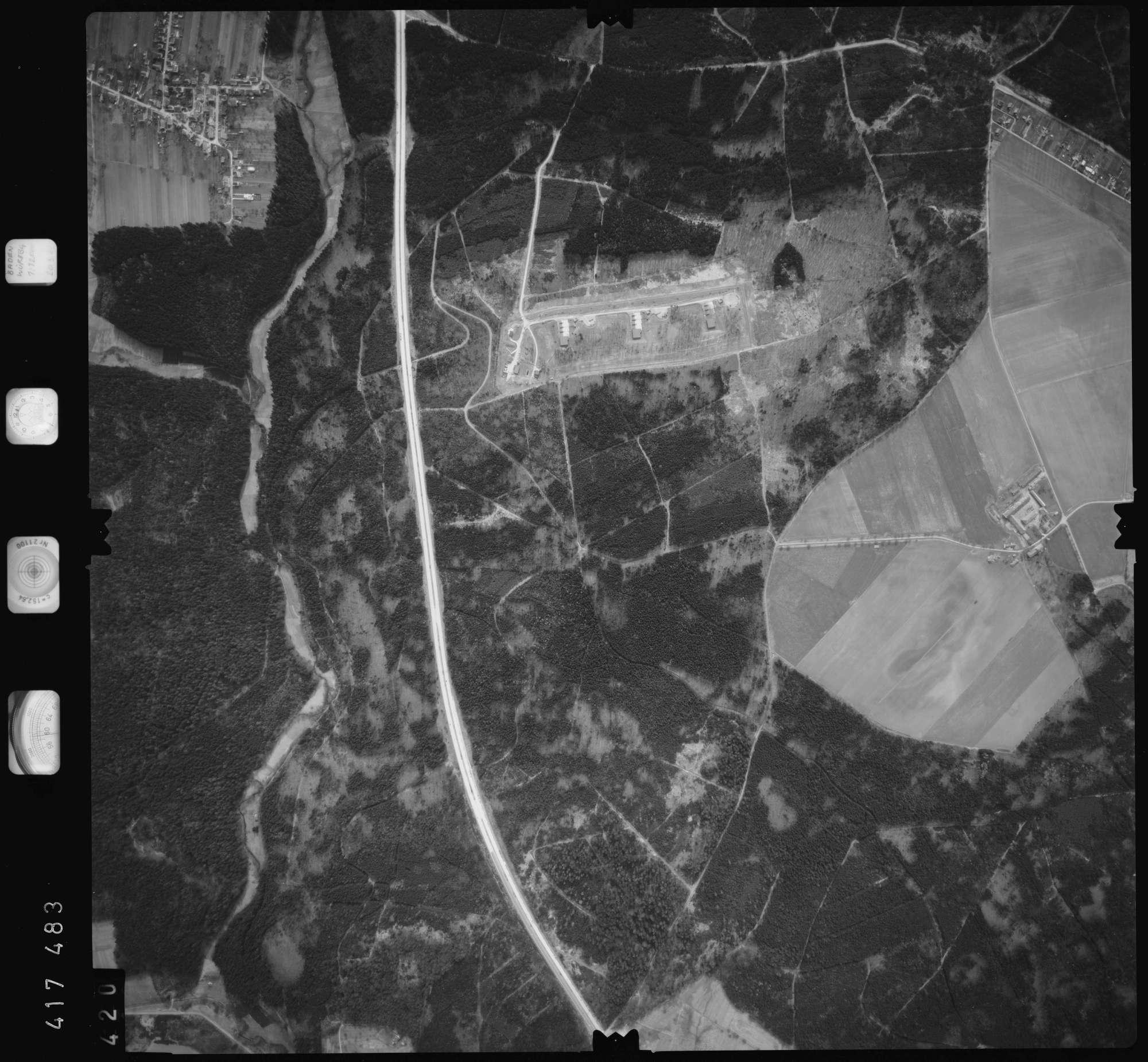 Luftbild: Film 2 Bildnr. 420, Bild 1