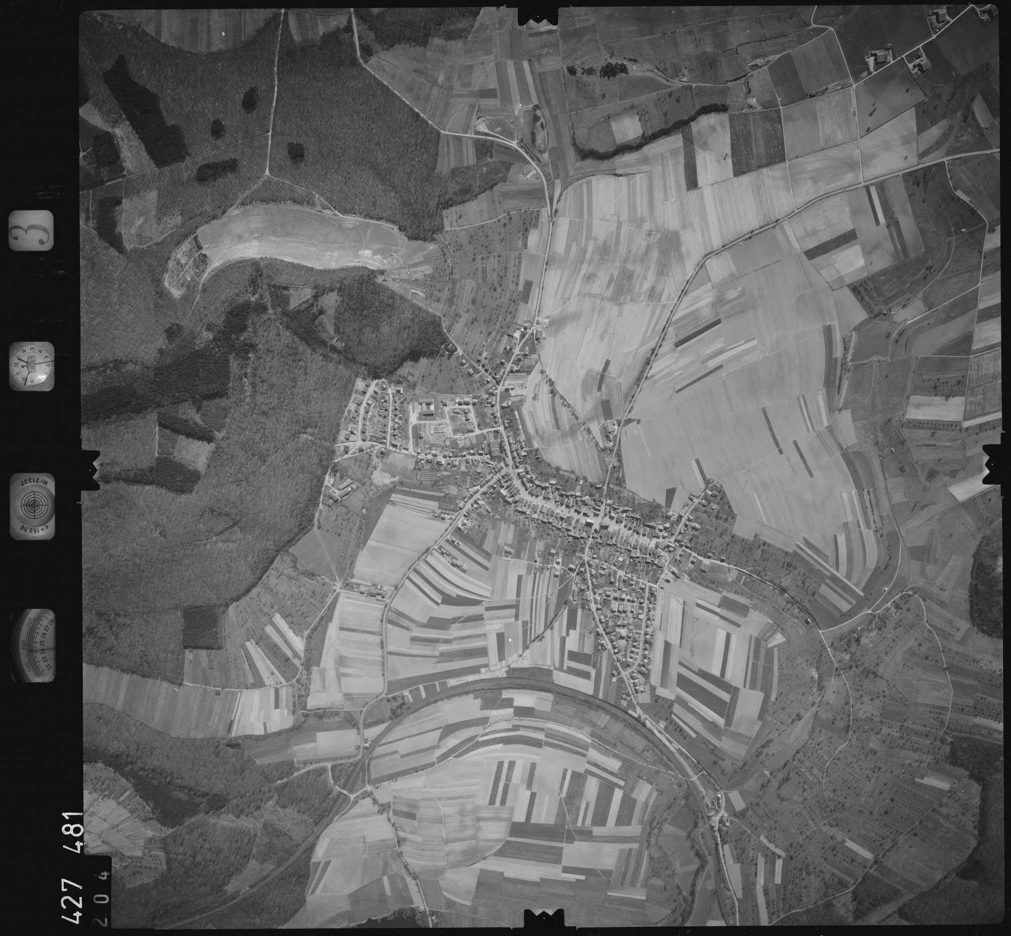 Luftbild: Film 3 Bildnr. 204, Bild 1