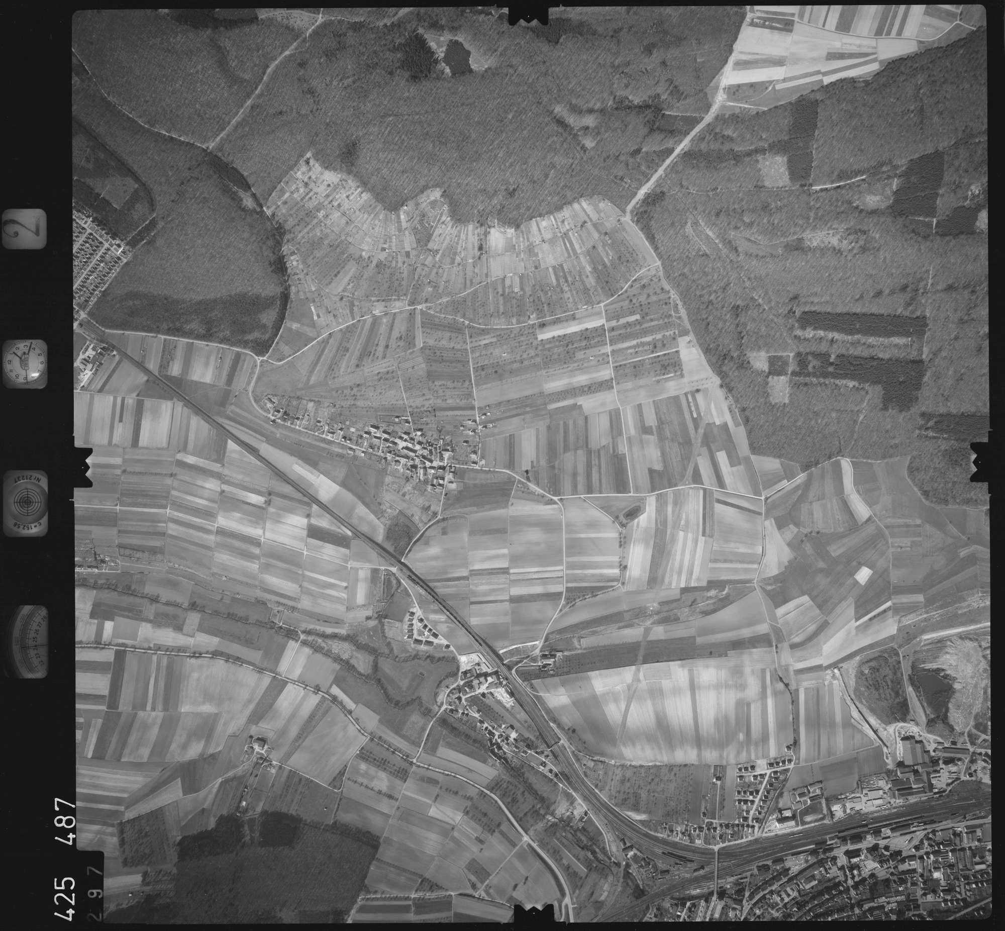 Luftbild: Film 2 Bildnr. 297, Bild 1