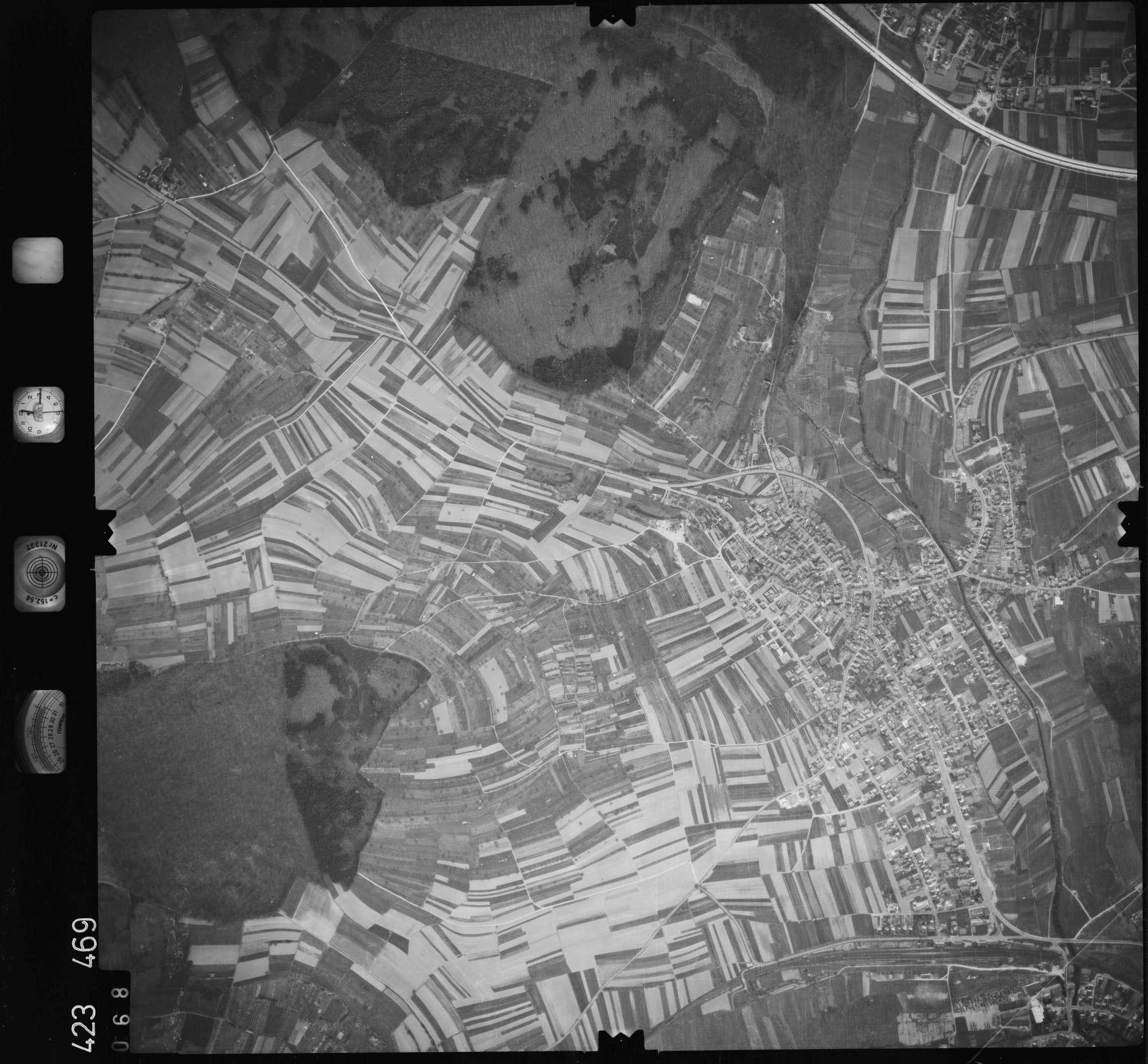 Luftbild: Film 1 Bildnr. 68, Bild 1