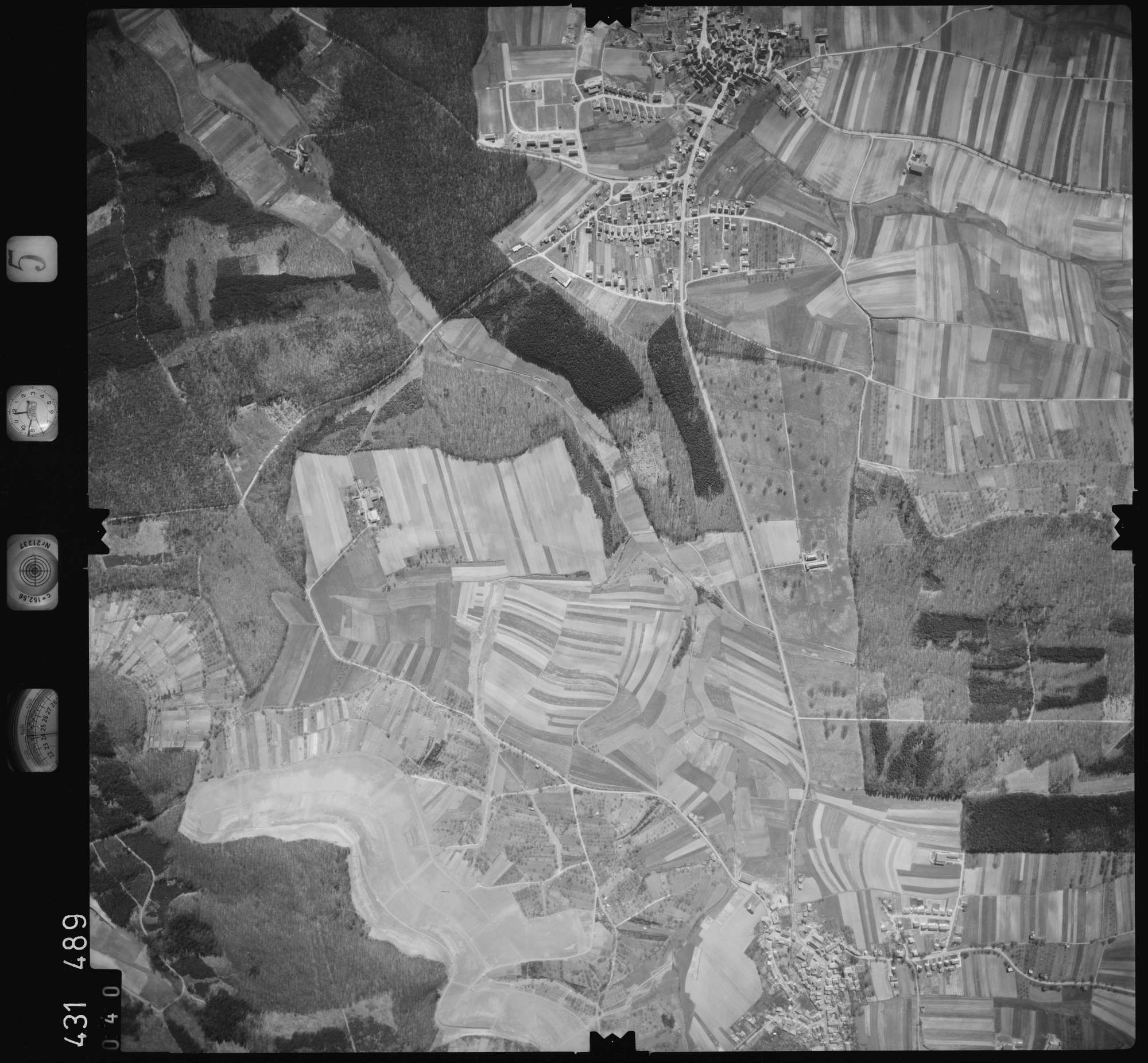 Luftbild: Film 5 Bildnr. 40, Bild 1