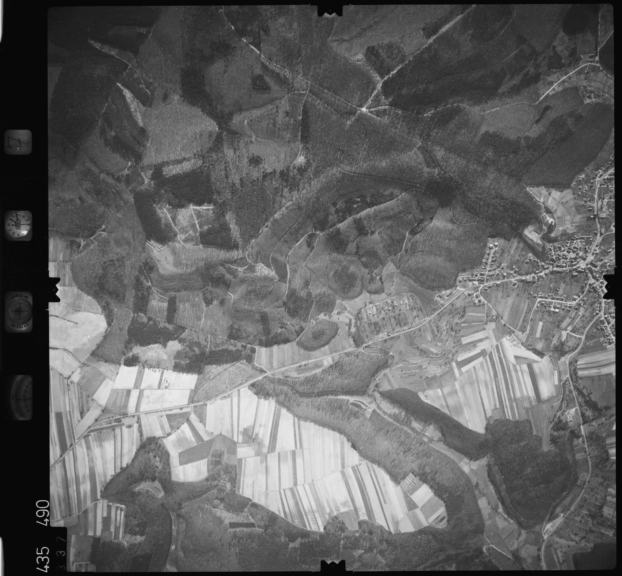 Luftbild: Film 7 Bildnr. 337, Bild 1
