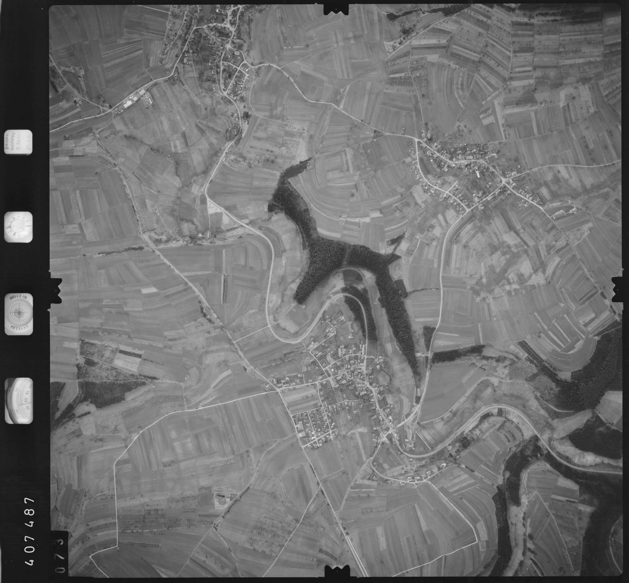 Luftbild: Film 5 Bildnr. 73, Bild 1