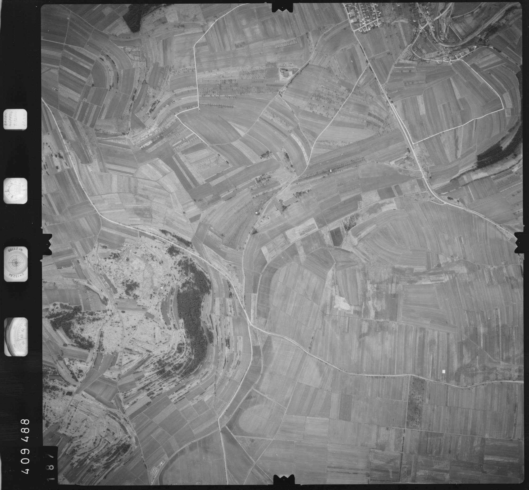 Luftbild: Film 5 Bildnr. 187, Bild 1