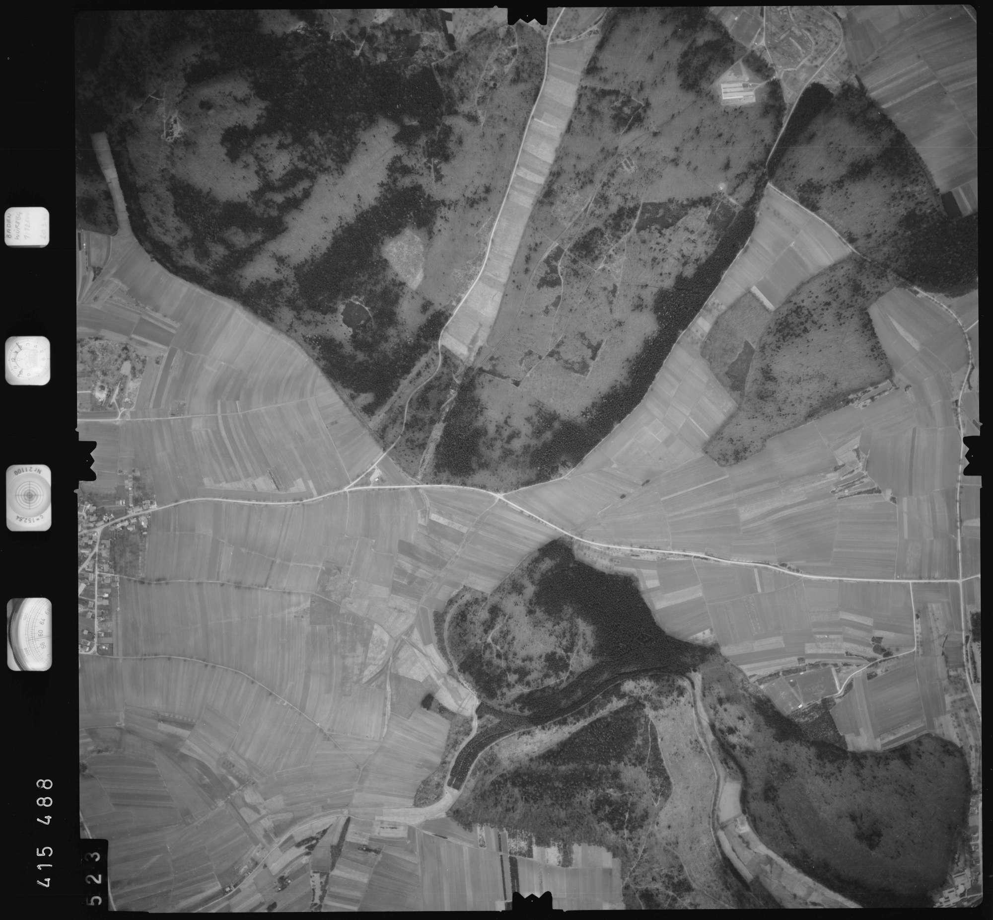 Luftbild: Film 2 Bildnr. 523, Bild 1