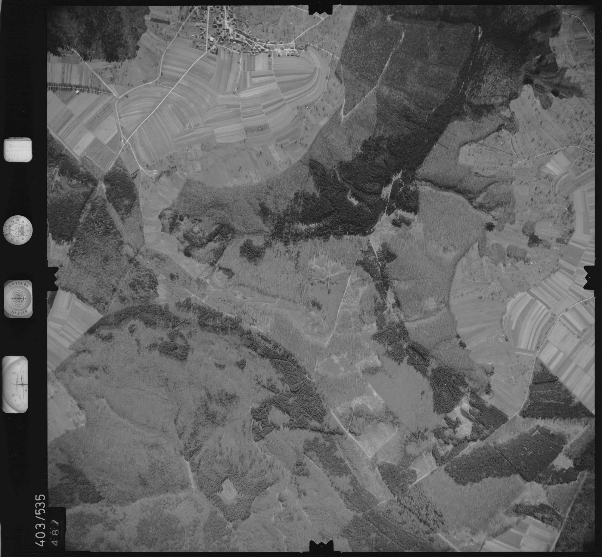 Luftbild: Film 10 Bildnr. 487, Bild 1