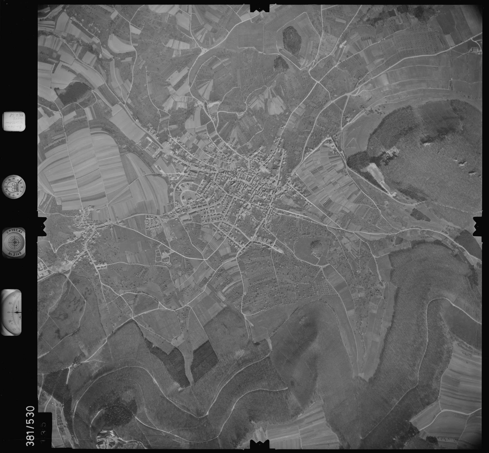 Luftbild: Film 32 Bildnr. 135, Bild 1