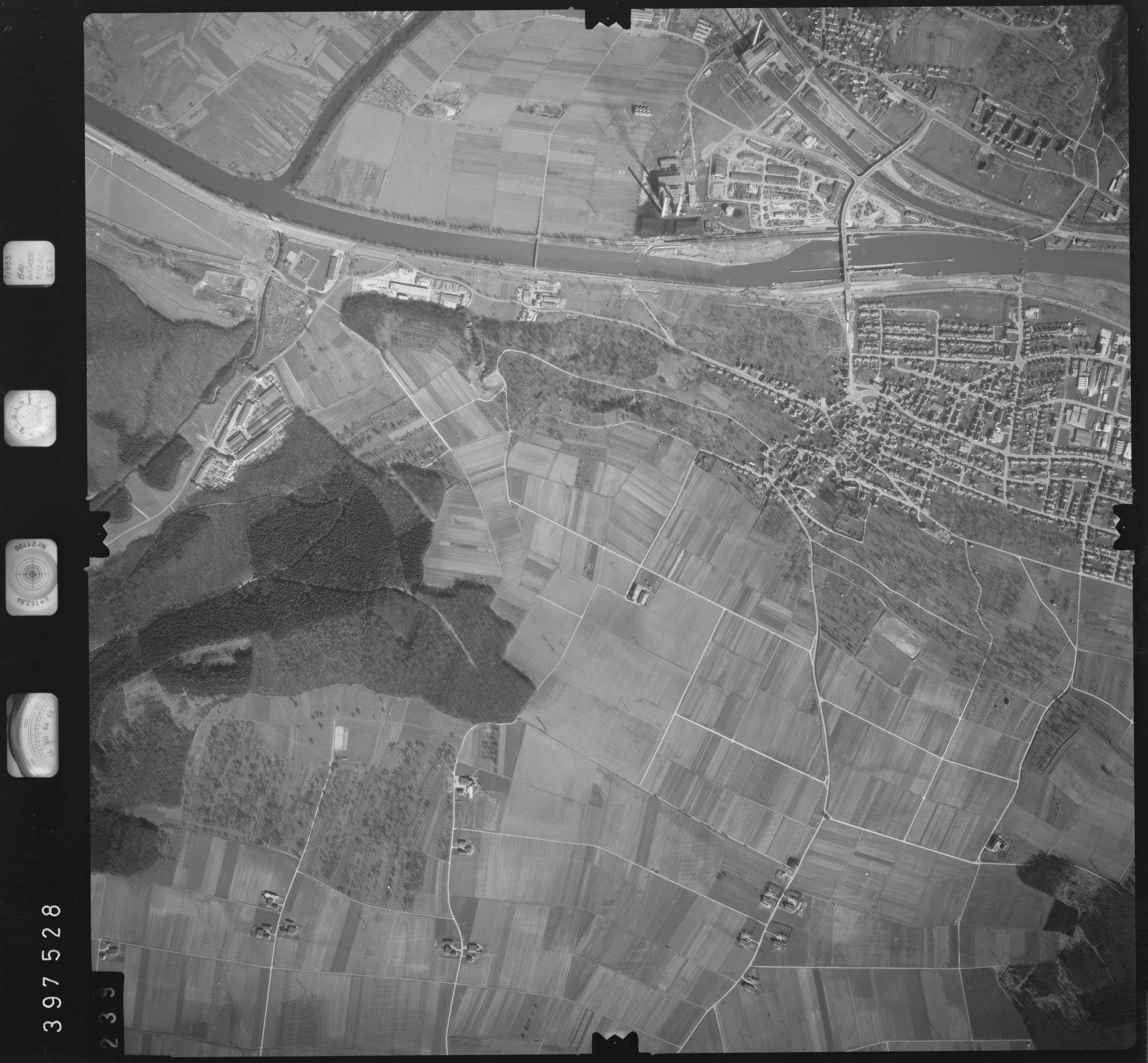 Luftbild: Film 17 Bildnr. 239, Bild 1
