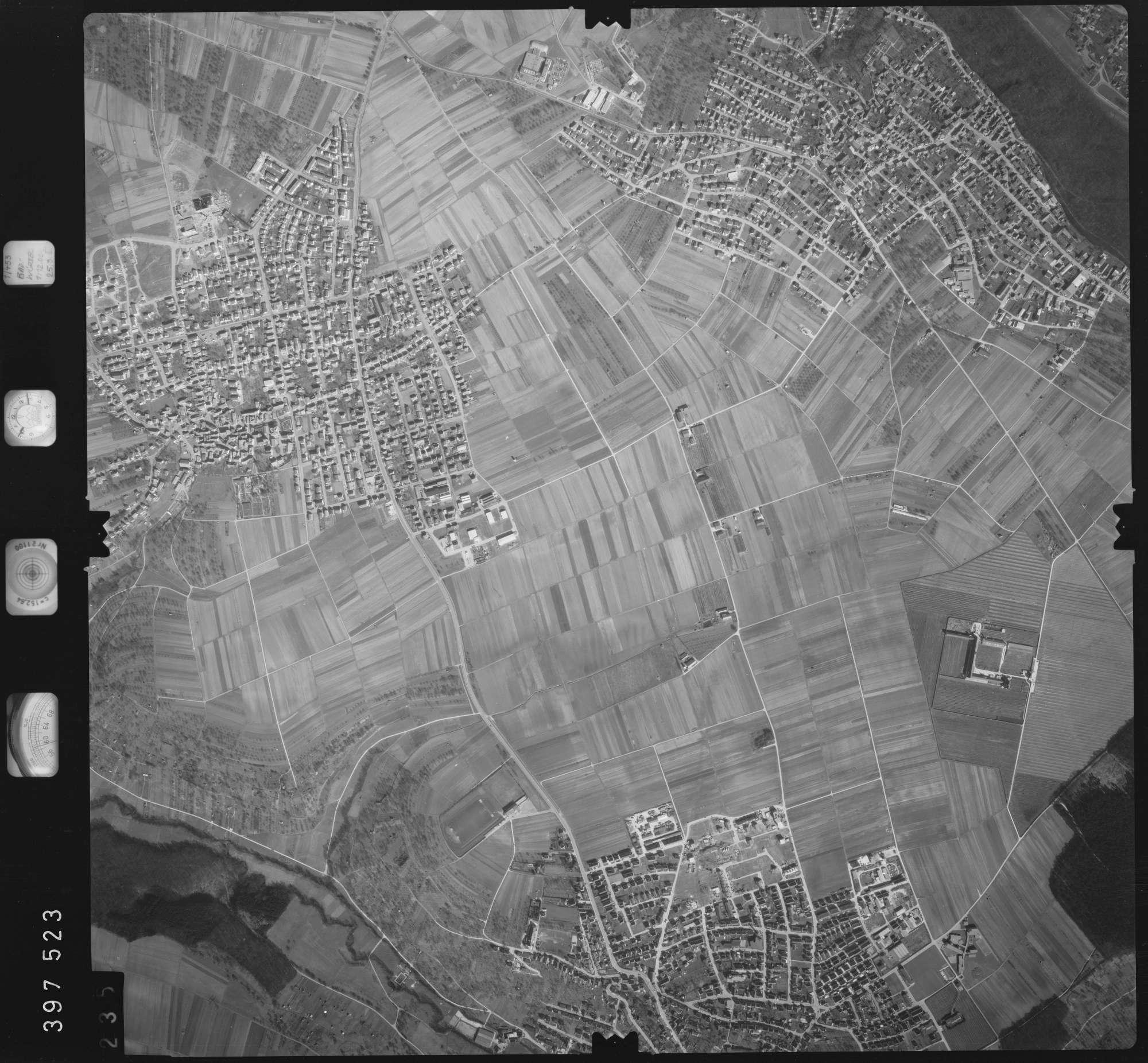 Luftbild: Film 17 Bildnr. 235, Bild 1