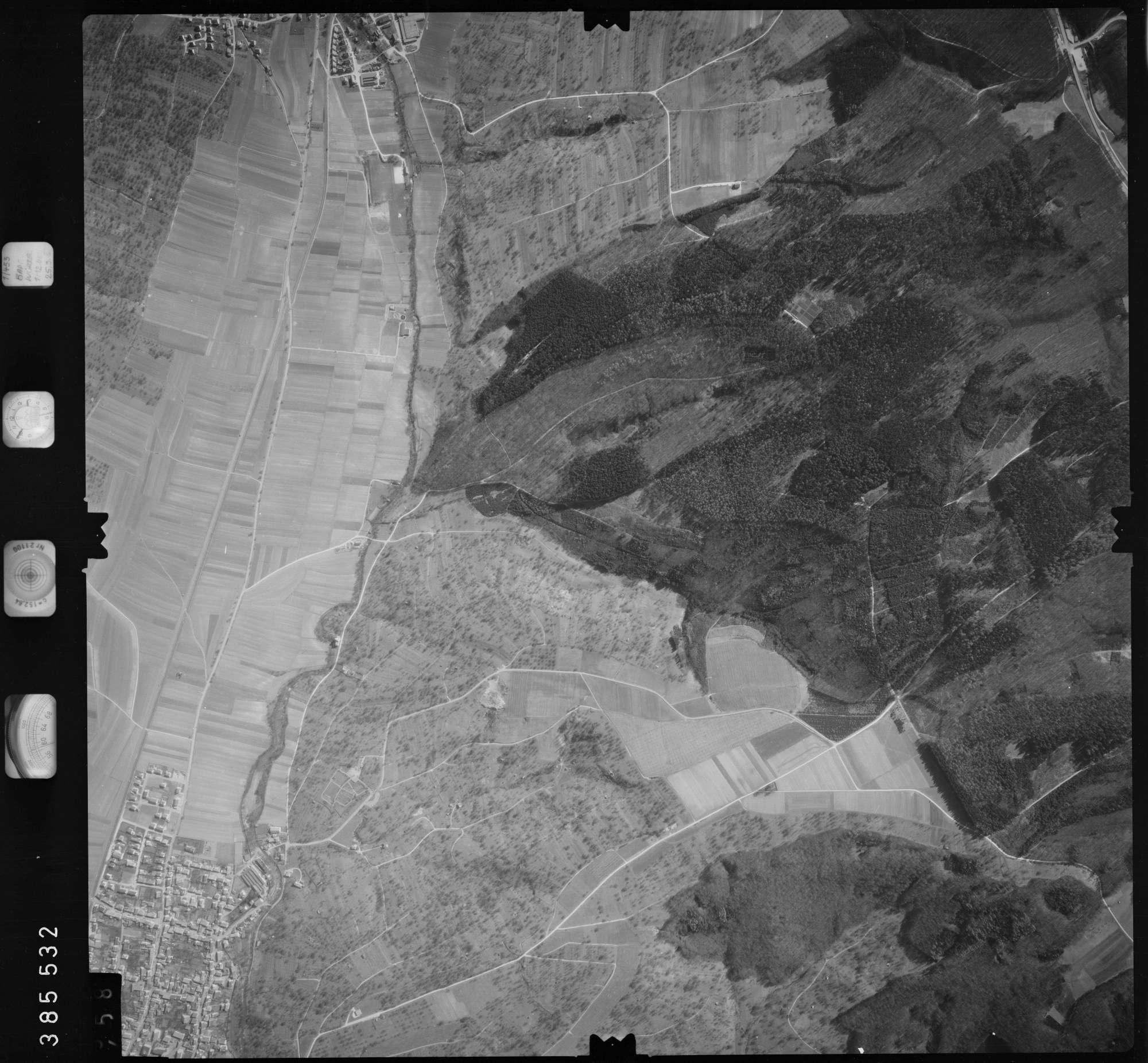Luftbild: Film 23 Bildnr. 457, Bild 1