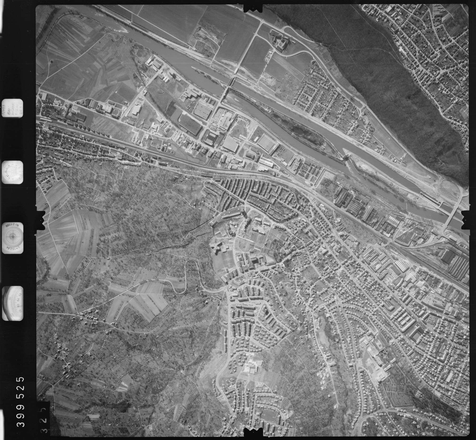 Luftbild: Film 13 Bildnr. 325, Bild 1