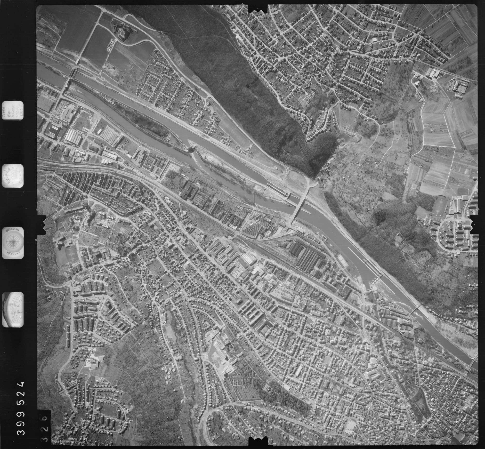 Luftbild: Film 13 Bildnr. 326, Bild 1