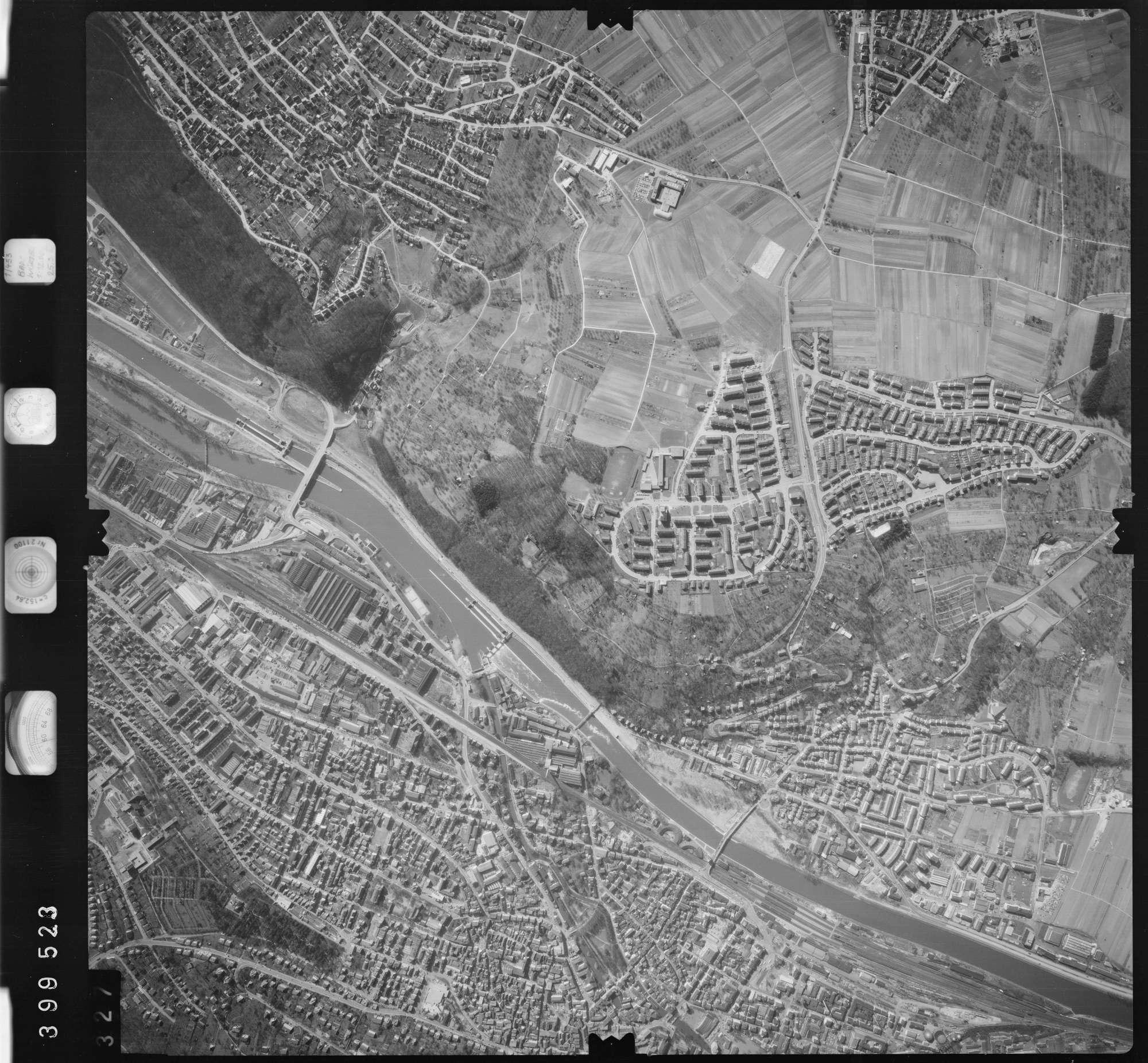 Luftbild: Film 13 Bildnr. 327, Bild 1