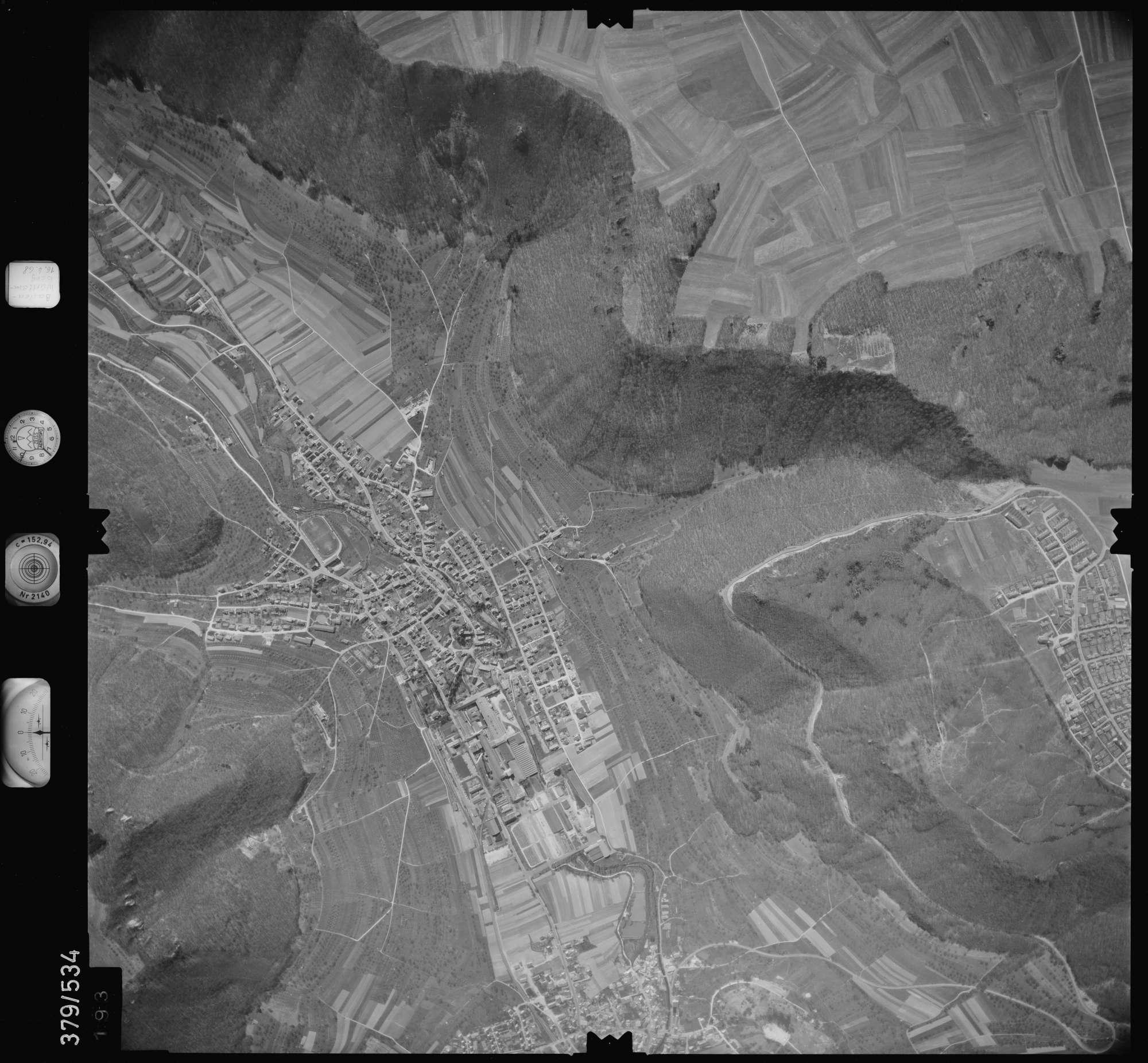 Luftbild: Film 32 Bildnr. 193, Bild 1