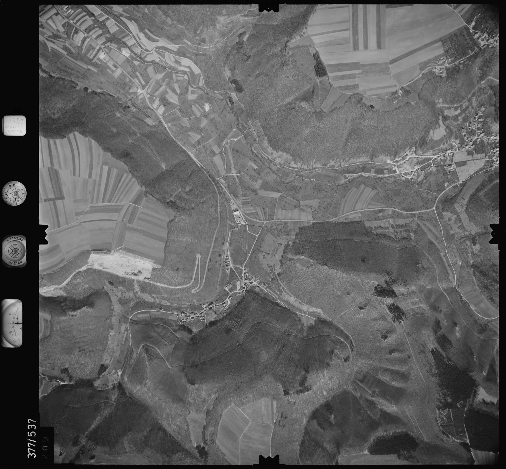 Luftbild: Film 32 Bildnr. 209, Bild 1
