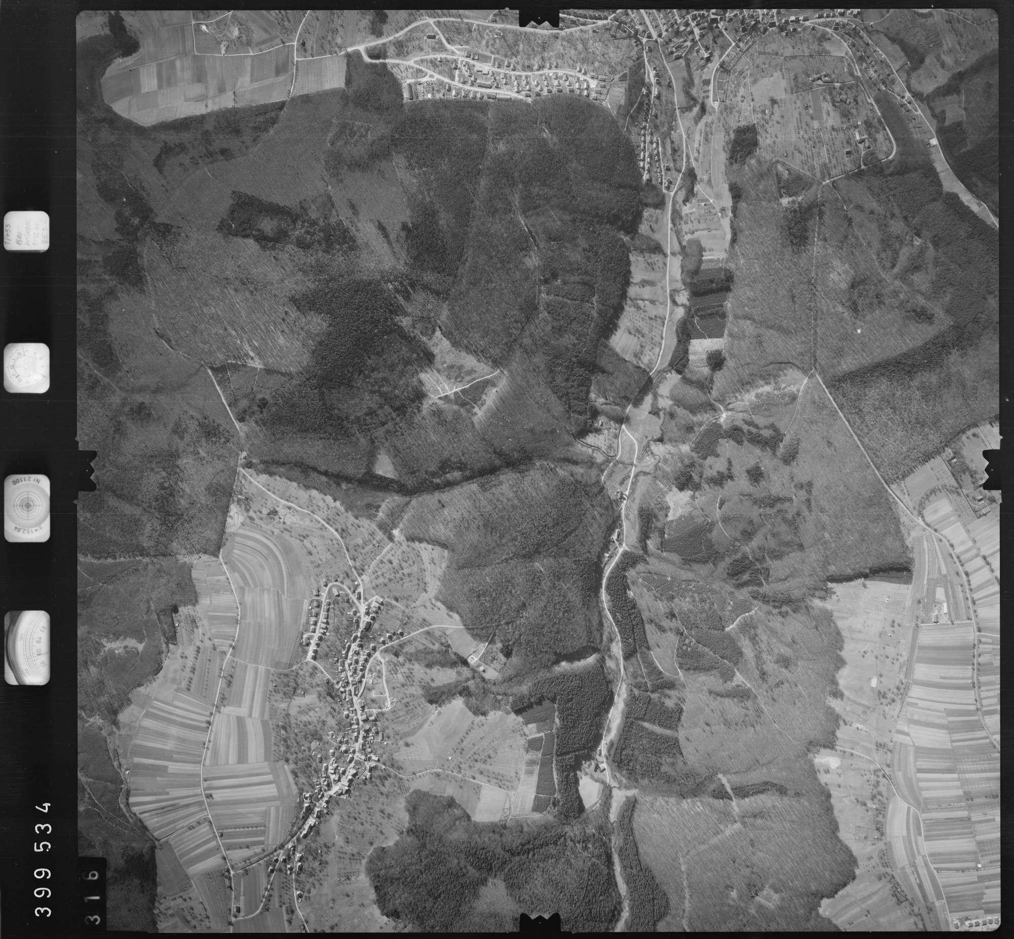 Luftbild: Film 13 Bildnr. 316, Bild 1