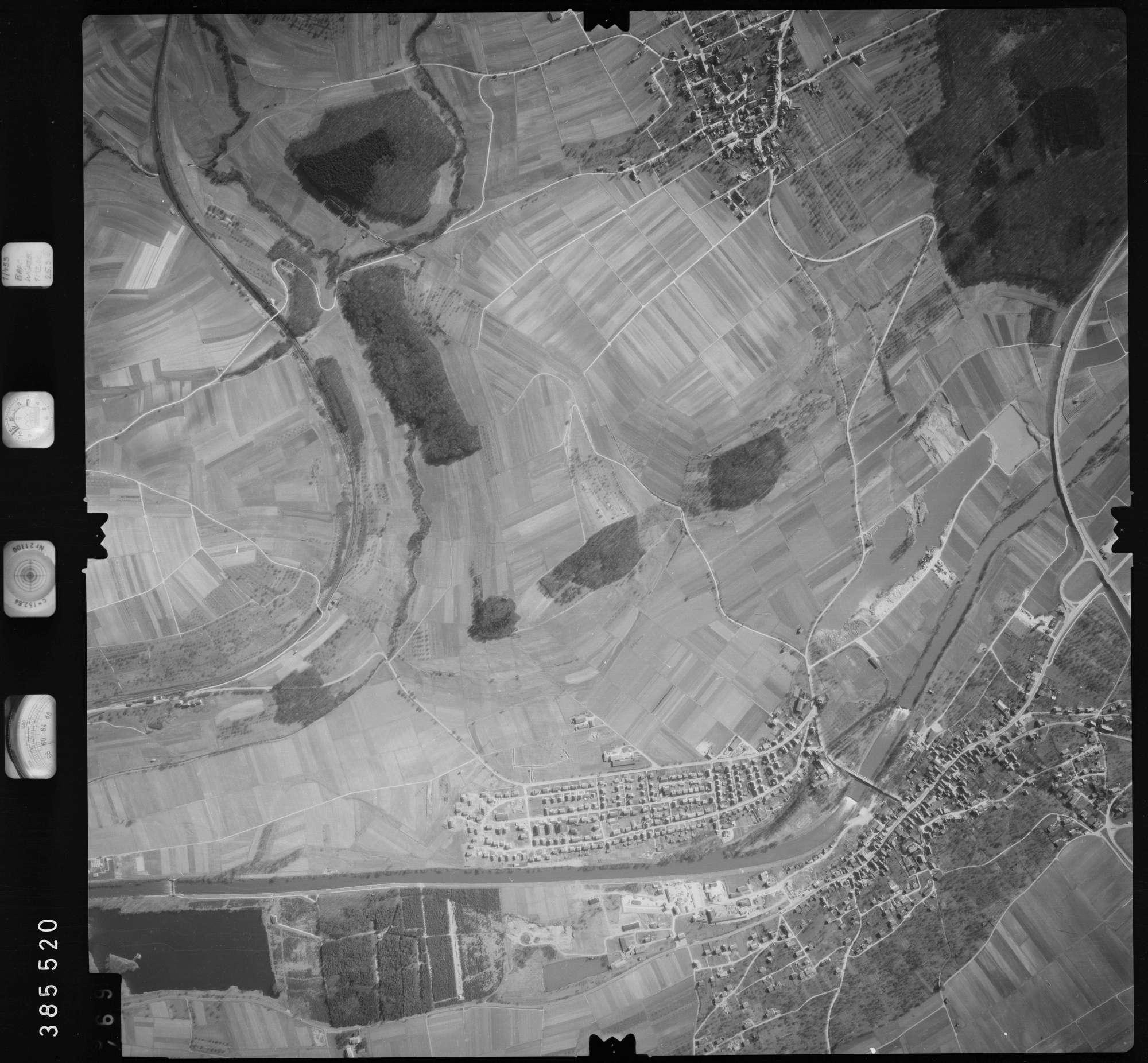 Luftbild: Film 23 Bildnr. 468, Bild 1