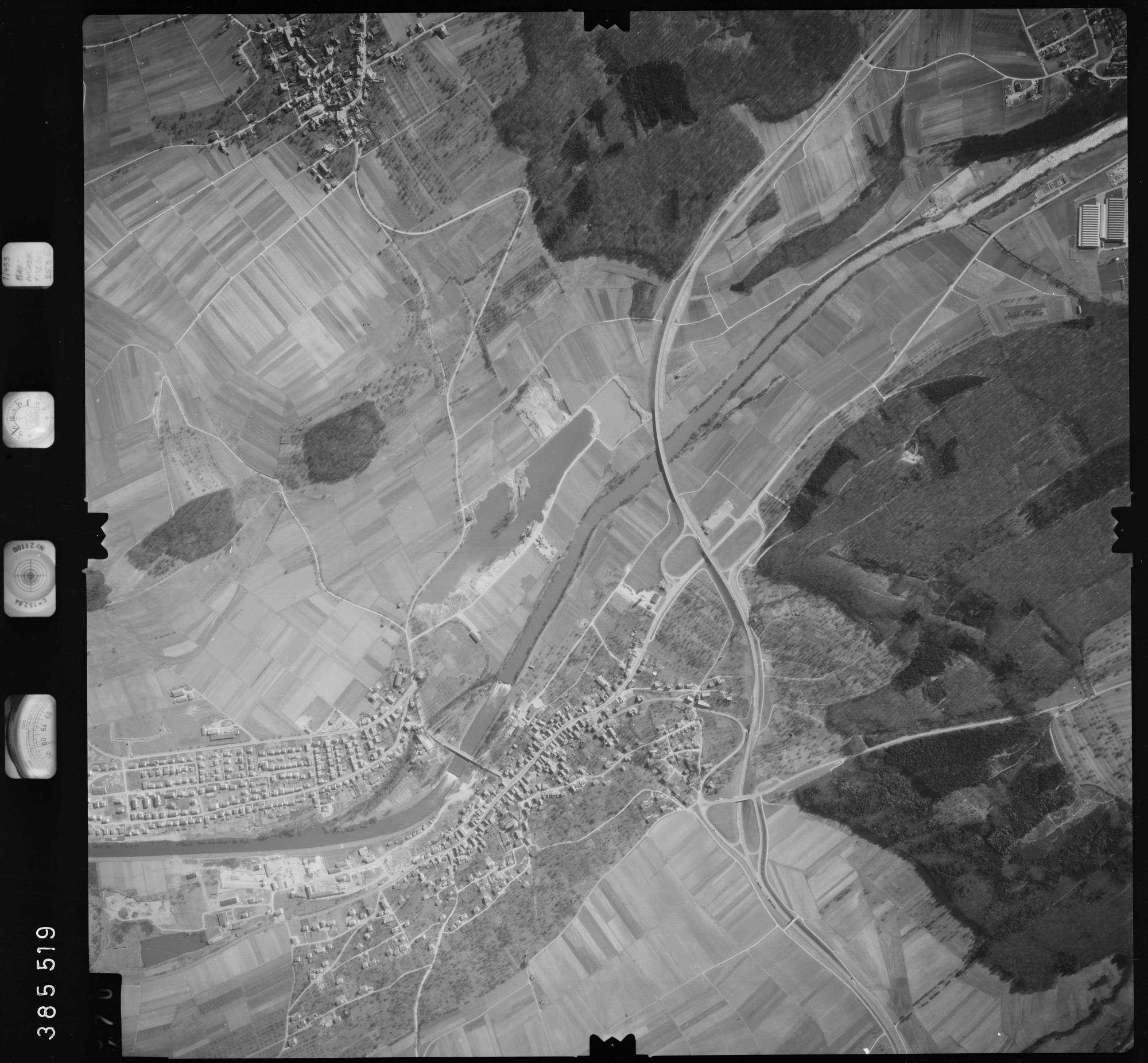 Luftbild: Film 23 Bildnr. 469, Bild 1