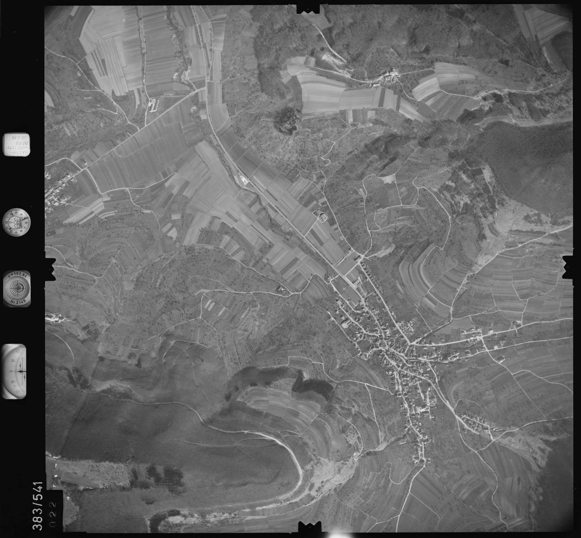 Luftbild: Film 27 Bildnr. 22, Bild 1