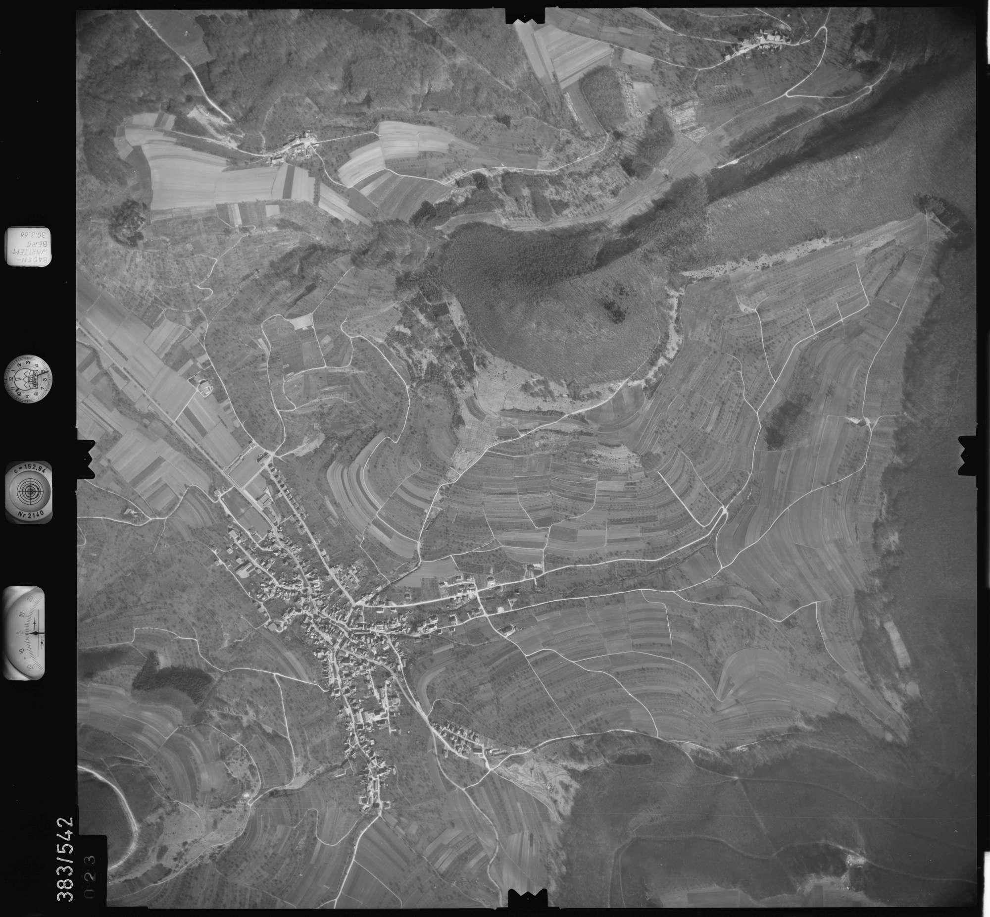 Luftbild: Film 27 Bildnr. 23, Bild 1