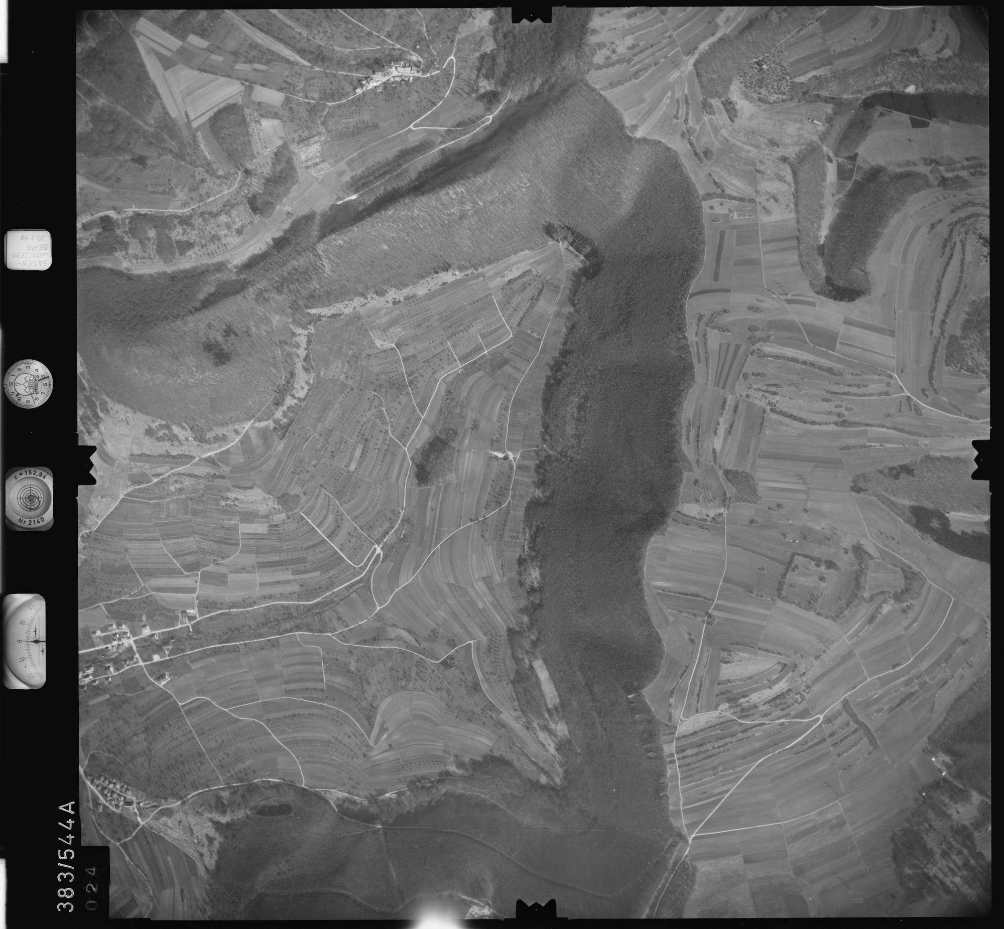 Luftbild: Film 27 Bildnr. 24, Bild 1