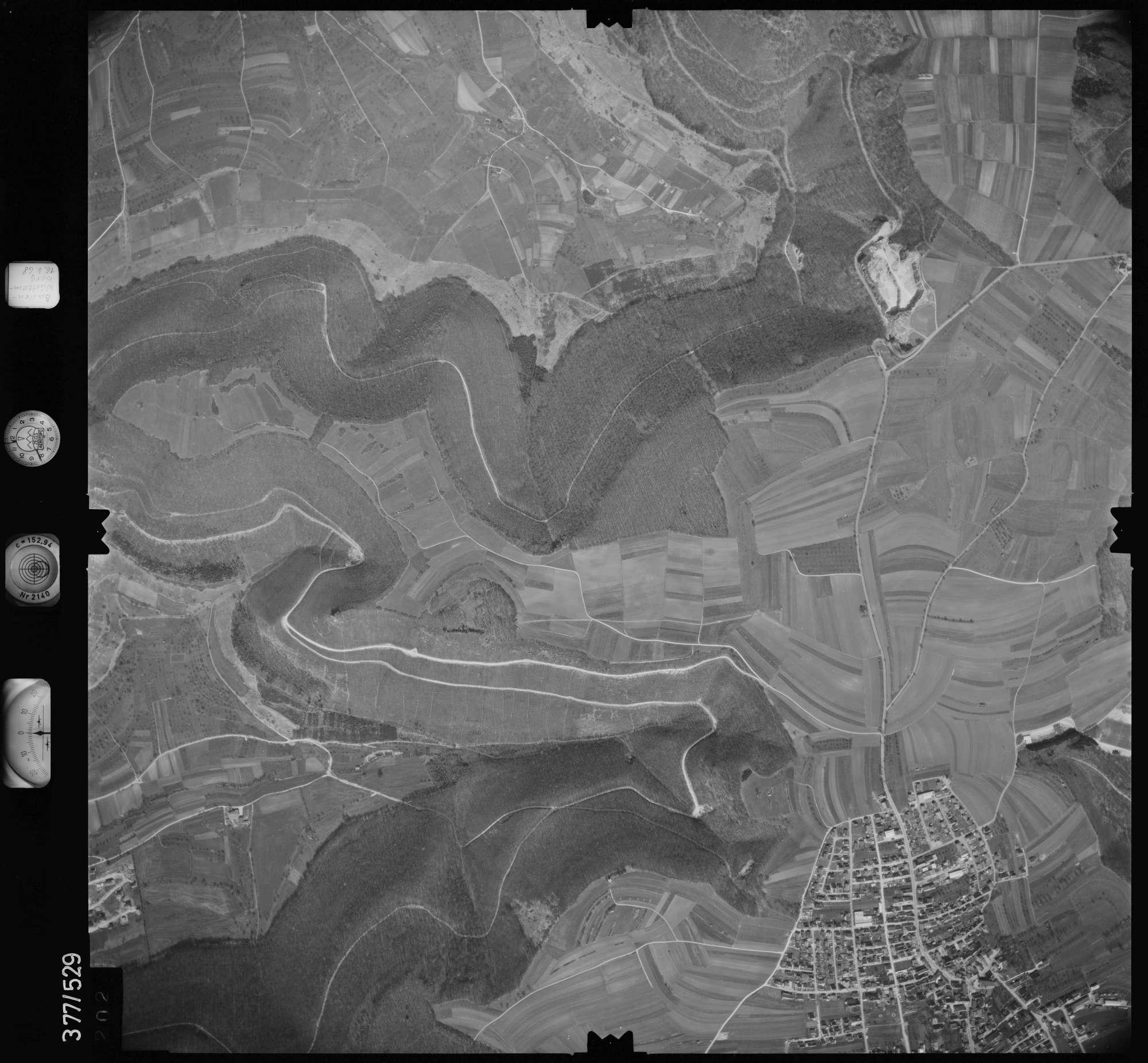 Luftbild: Film 32 Bildnr. 202, Bild 1