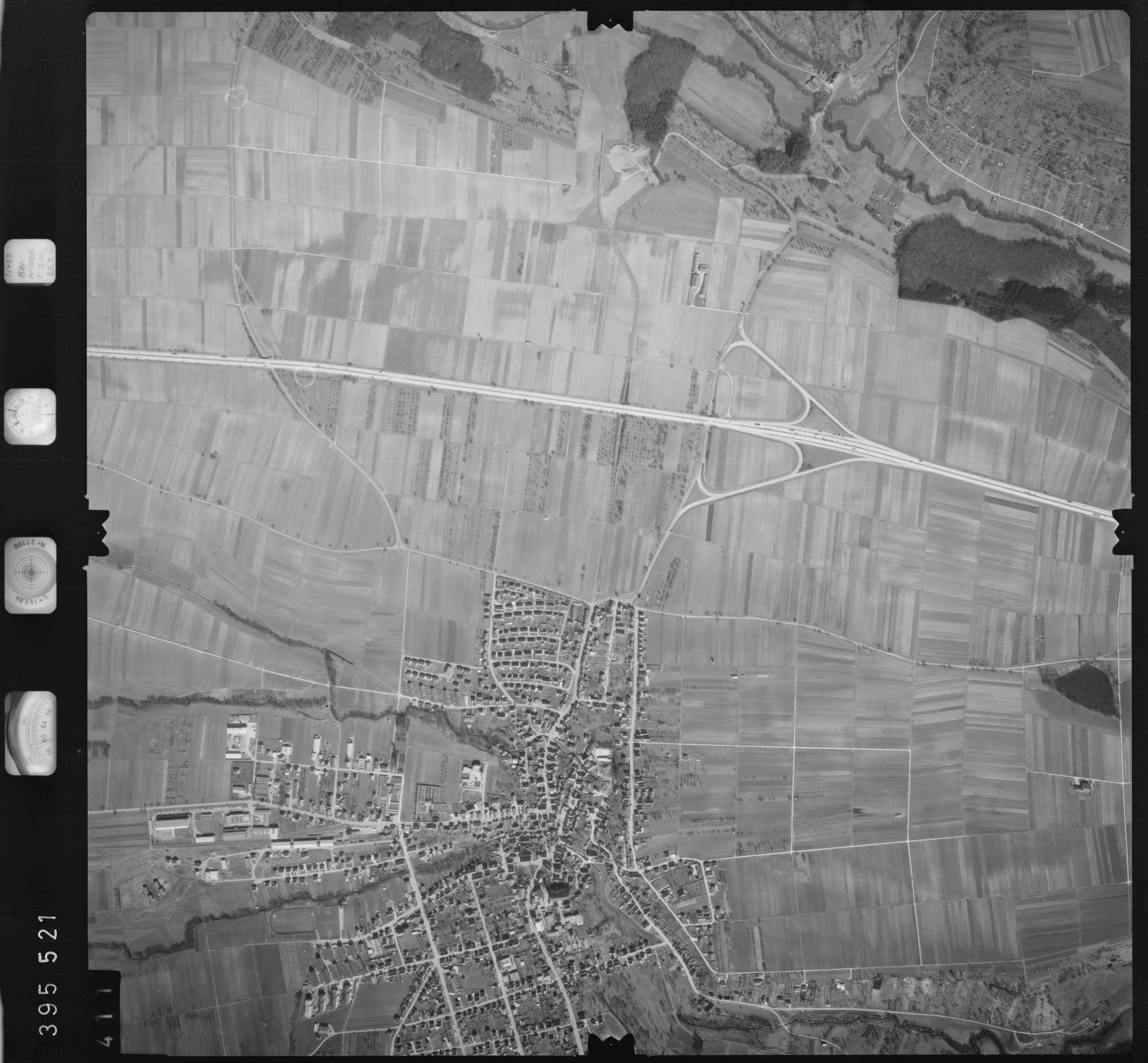 Luftbild: Film 13 Bildnr. 411, Bild 1