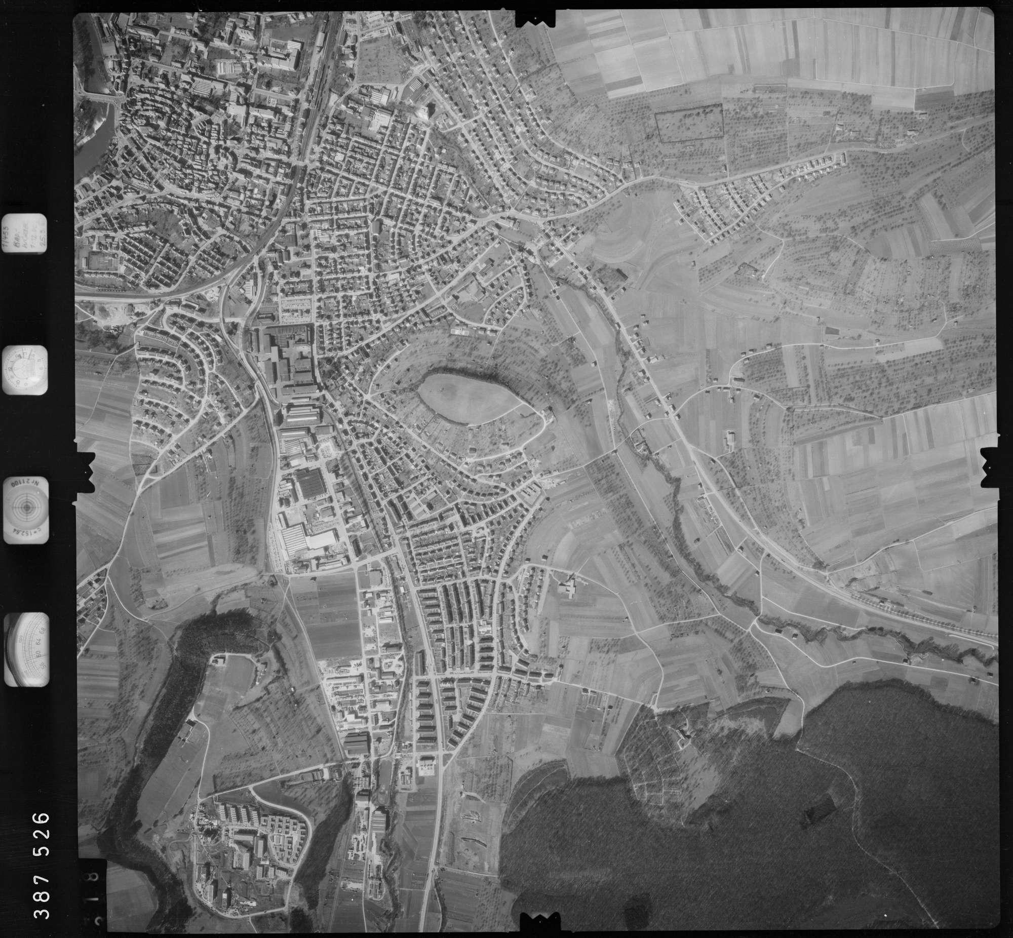 Luftbild: Film 23 Bildnr. 318, Bild 1