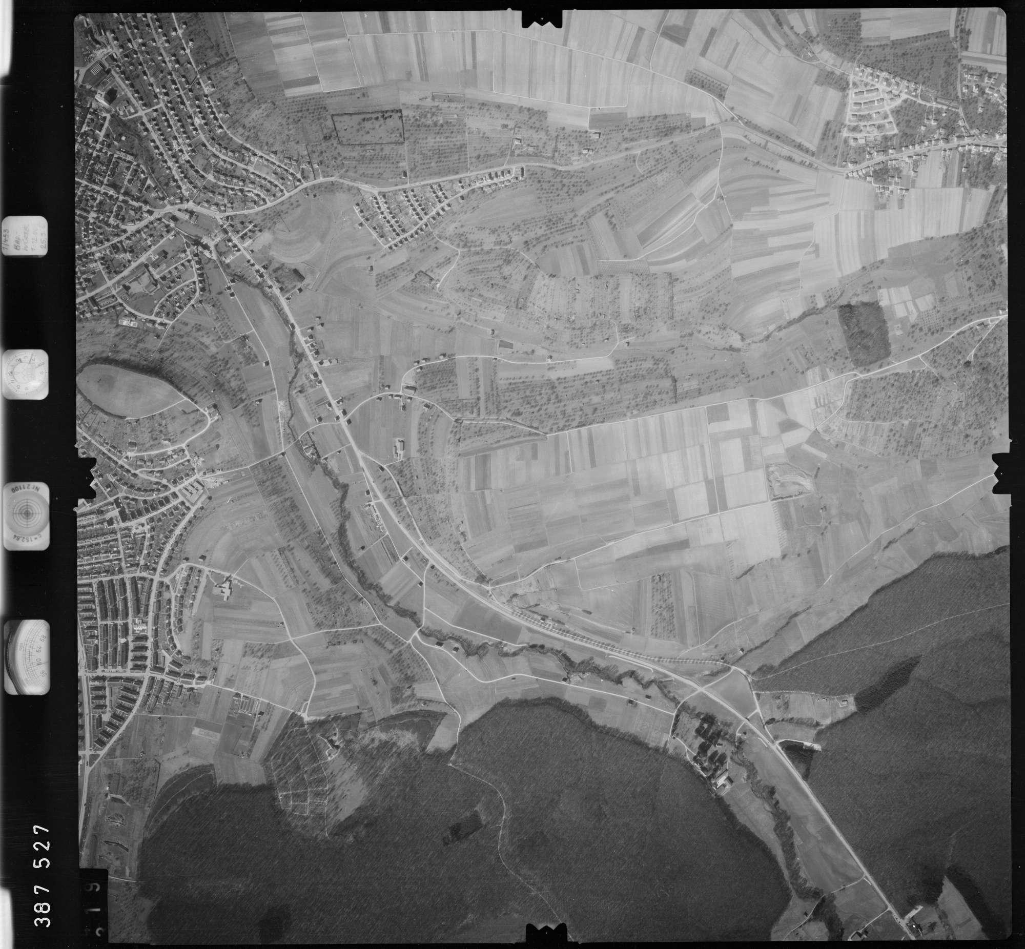 Luftbild: Film 23 Bildnr. 319, Bild 1